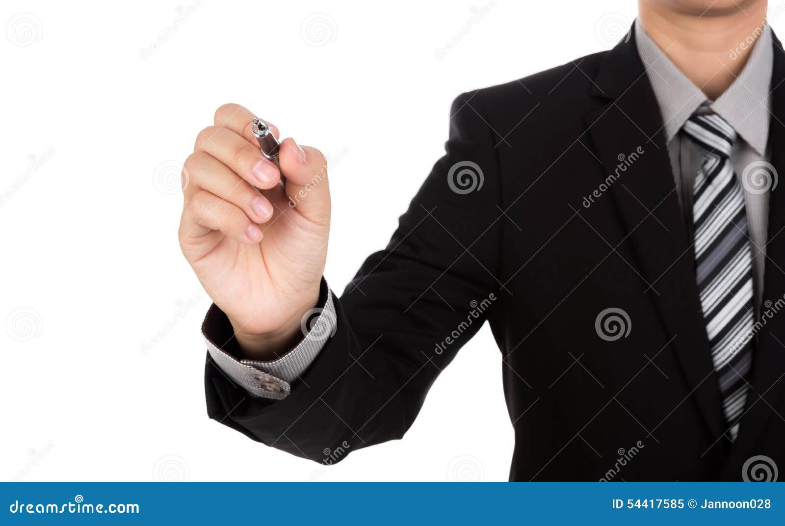 Escritura del hombre de negocios en espacio de la copia contra