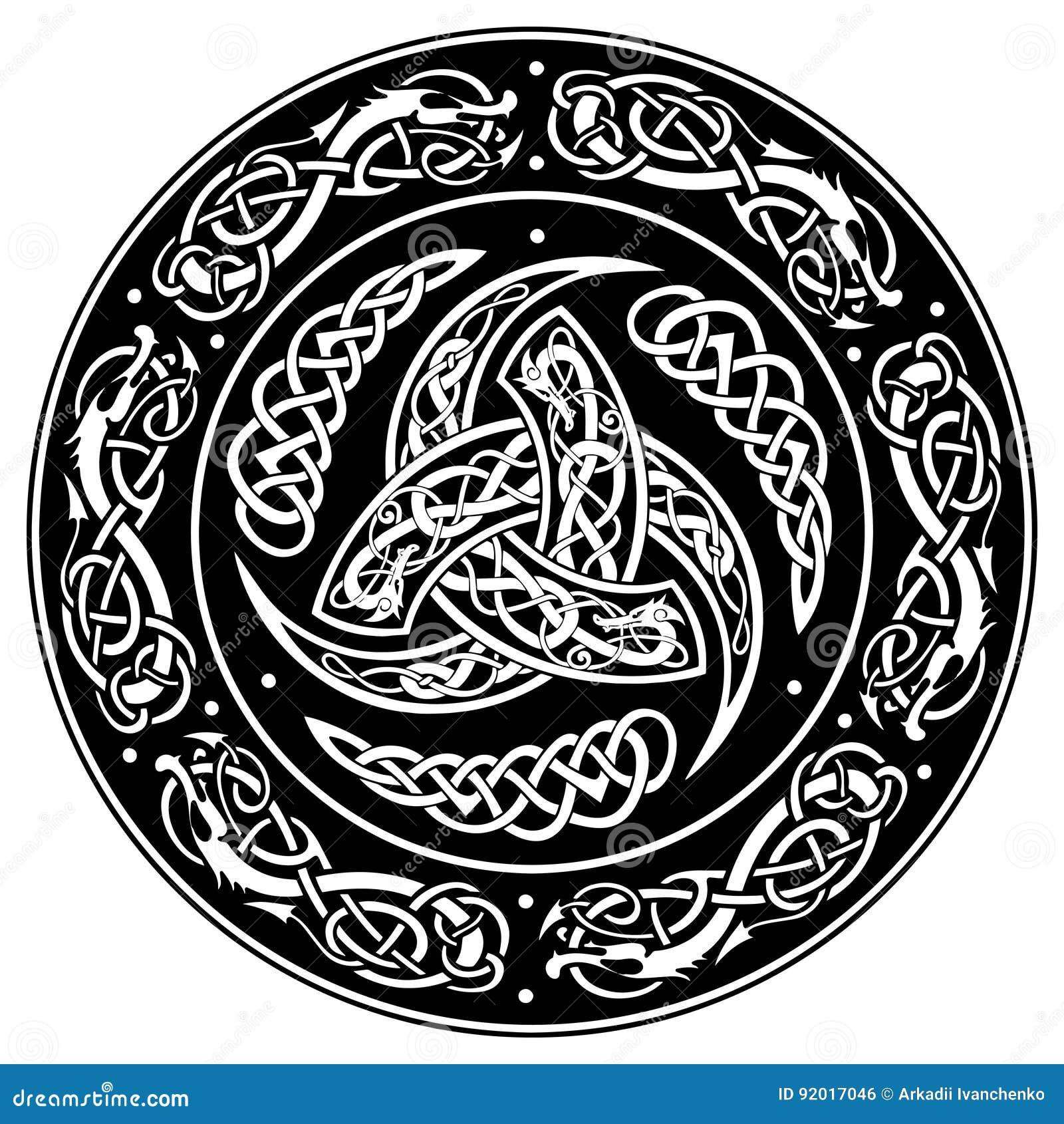 Escudo céltico, adornado con un modelo europeo antiguo
