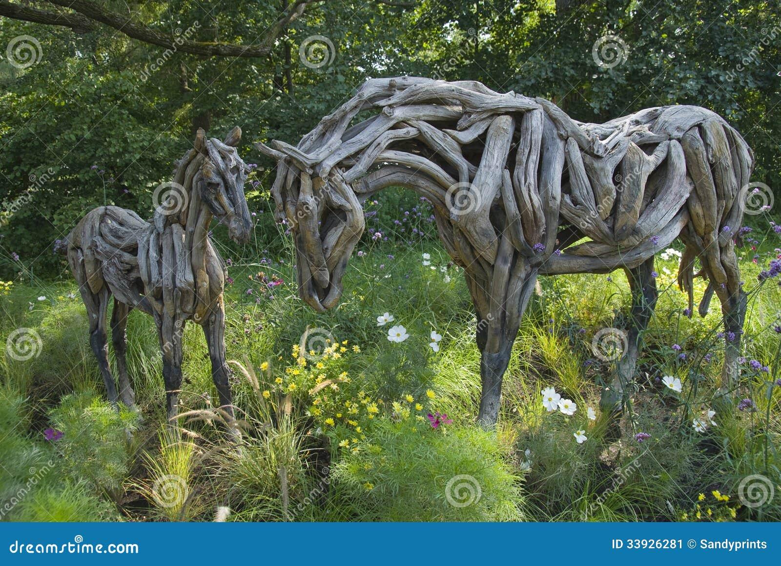 Escultura de hores en los jardines bot nicos de montreal - Esculturas para jardines ...