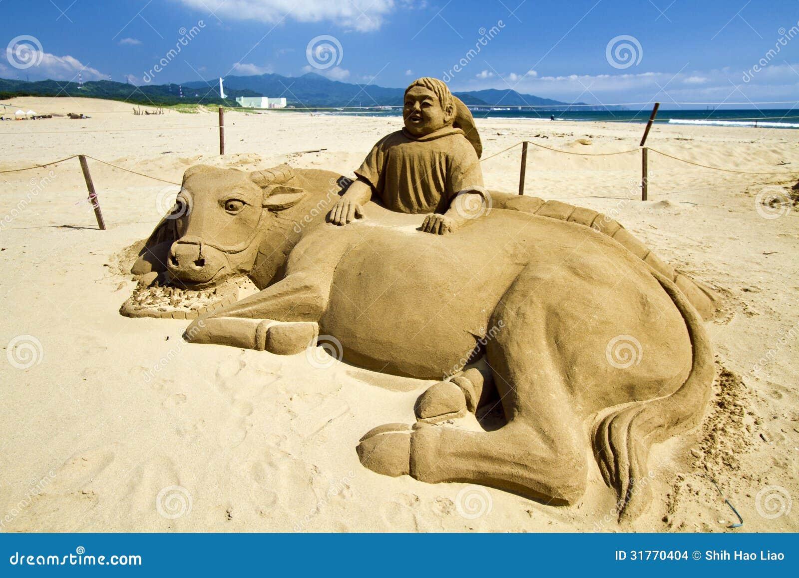 Escultura nueva de la arena en la playa de fulong imagen for Arena de playa precio