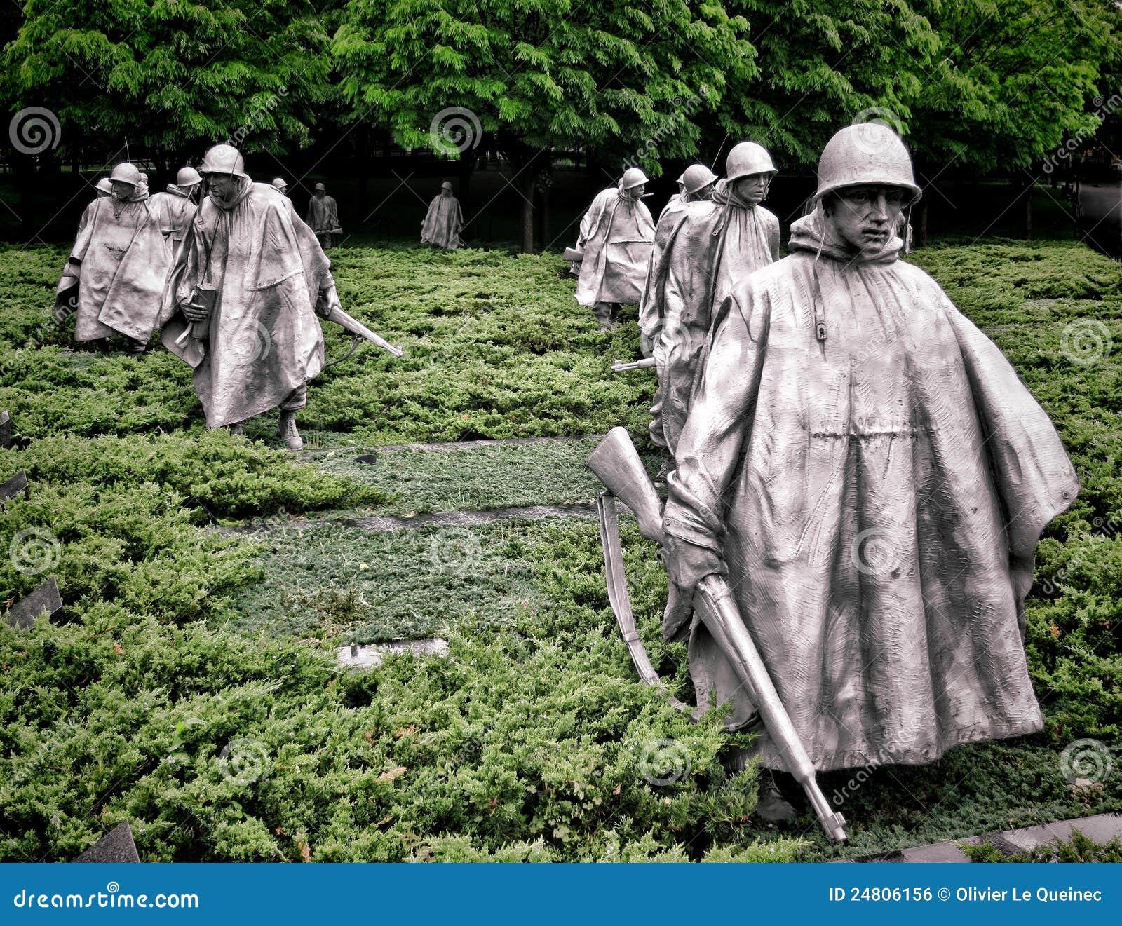 Esculturas memoráveis dos soldados dos veteranos da Guerra da Coreia