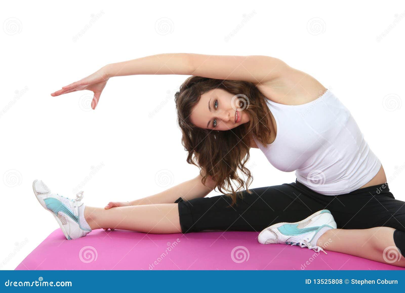 Esercitazione della donna di forma fisica