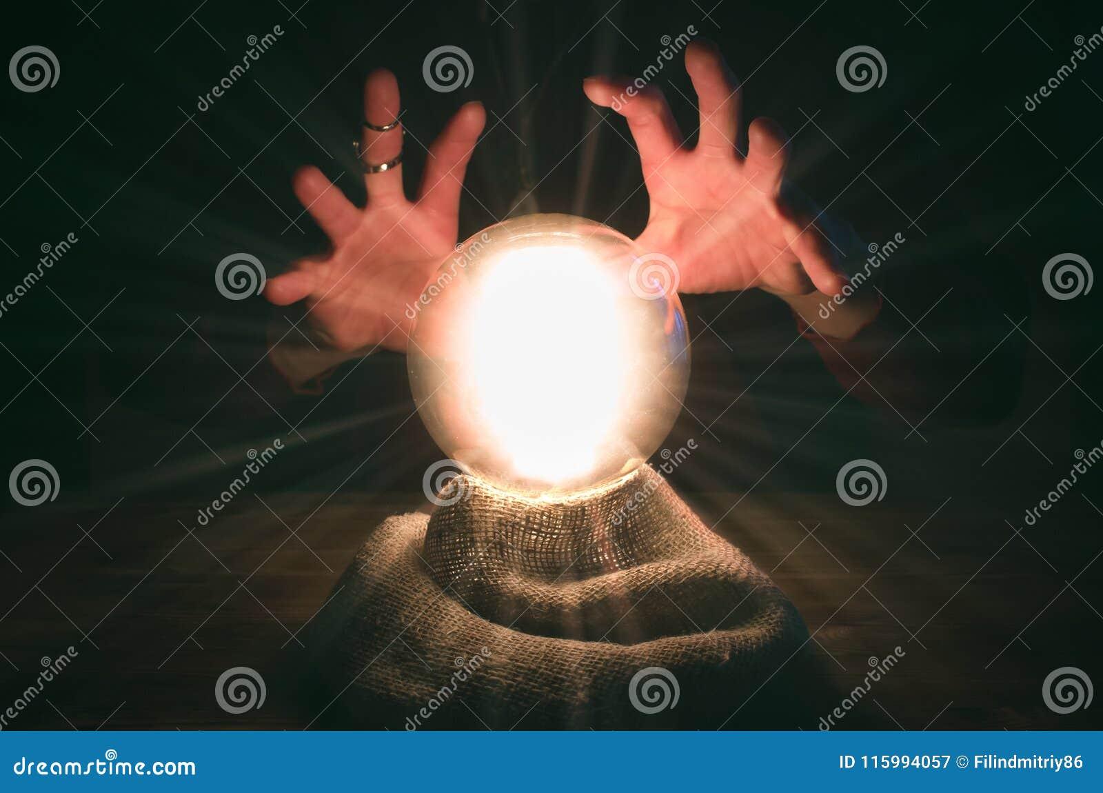Esfera de Cystal O seance Tabela do caixa de fortuna Leitura futura