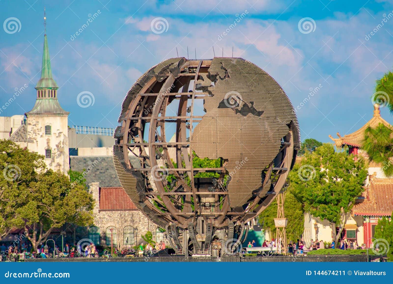 Esfera del hierro usada en reflexiones de las iluminaciones de la demostraci?n de la tierra Las iluminaciones son los fuegos arti