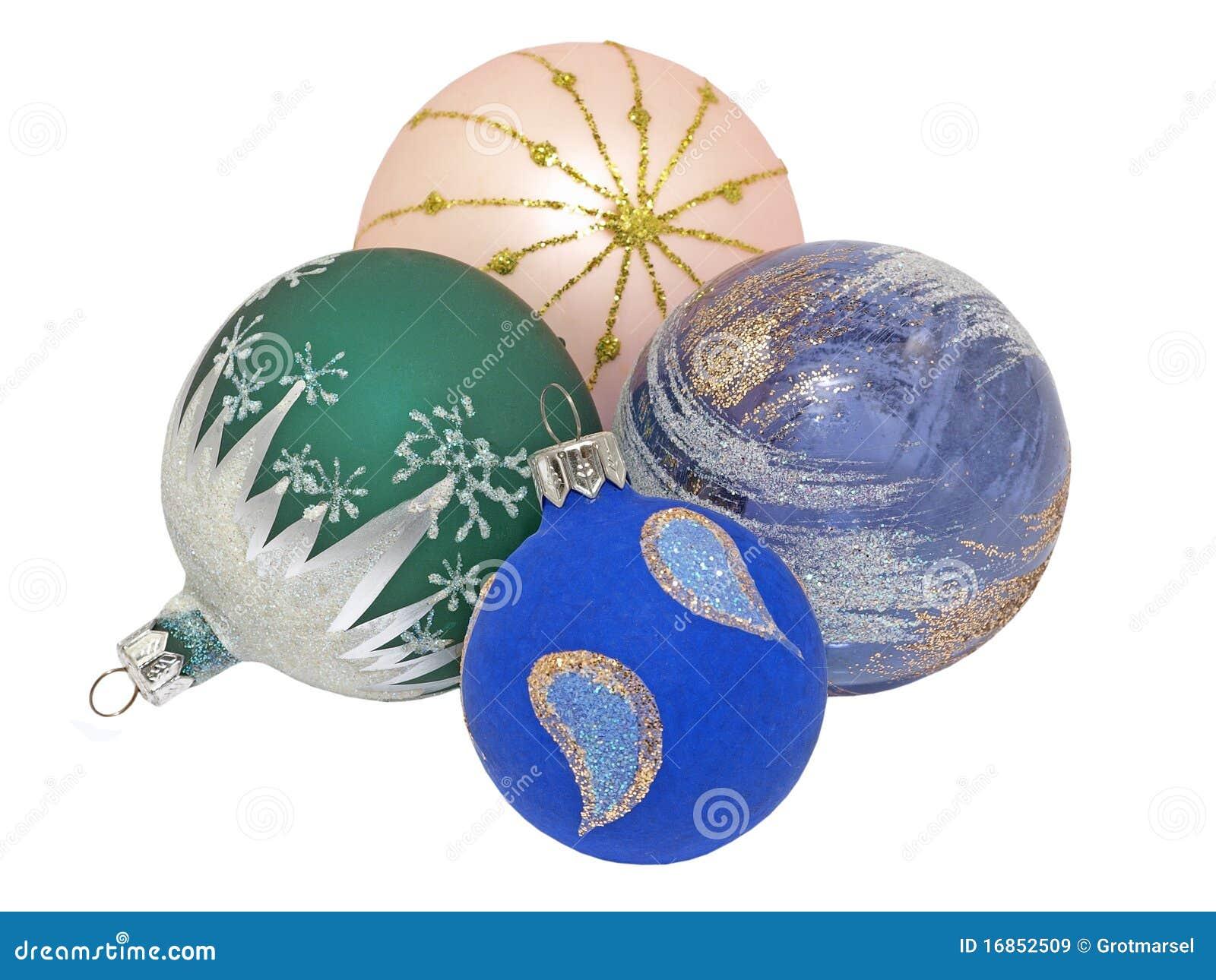 Esferas coloridas do Natal. Isolado.