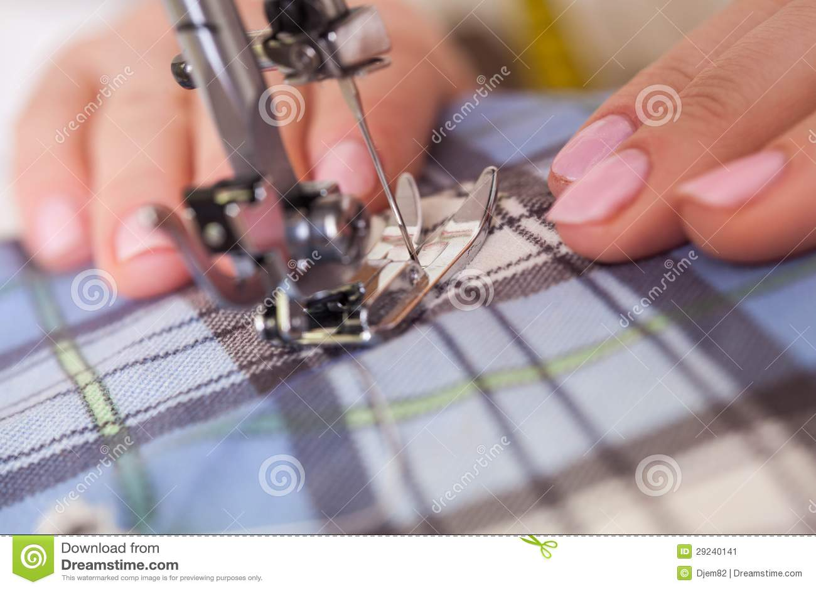 Download Esgoto. imagem de stock. Imagem de sewing, ofício, máquina - 29240141