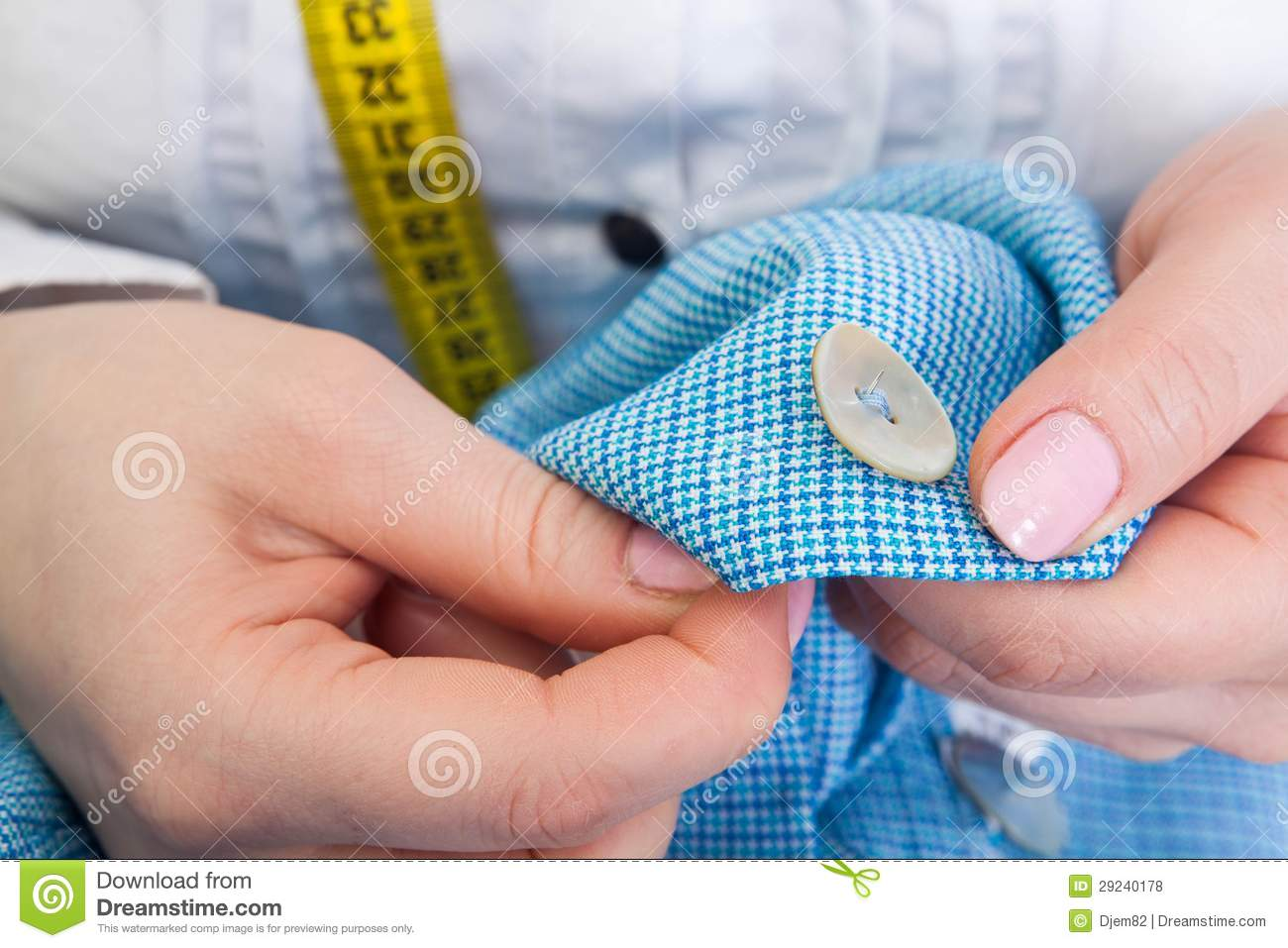 Download Esgoto. foto de stock. Imagem de centimeter, sewing, tesouras - 29240178