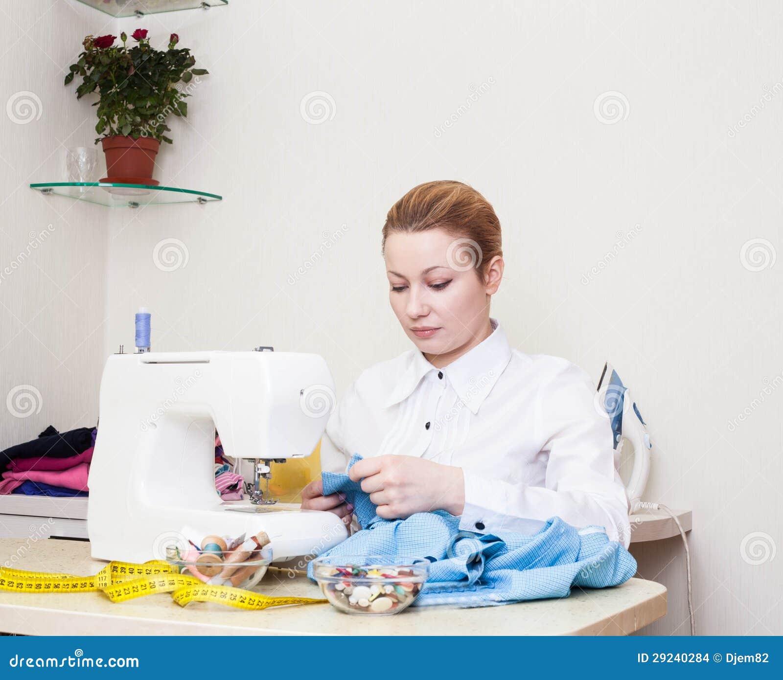 Download Esgoto. foto de stock. Imagem de sewing, pano, needlework - 29240284
