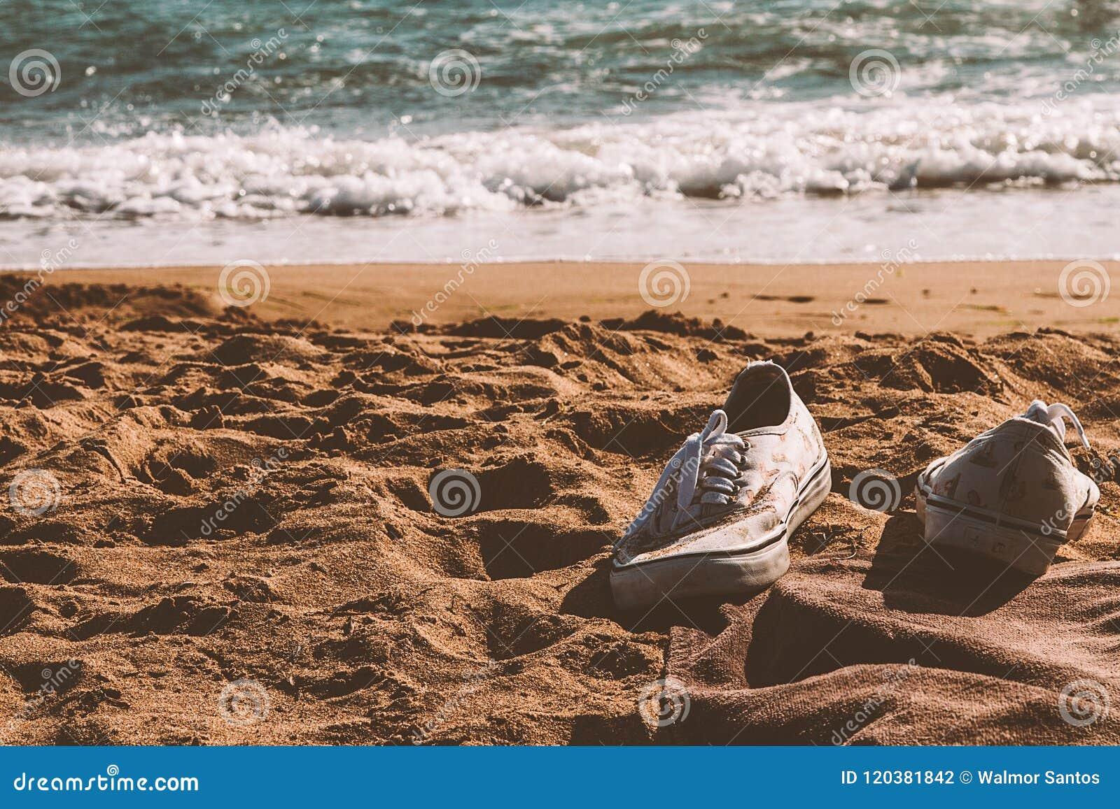 Espadrilles à la plage