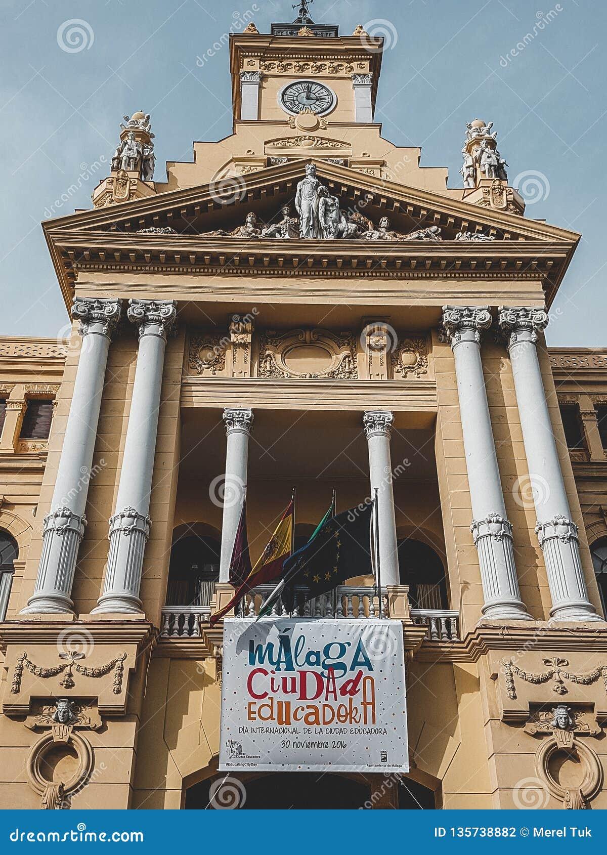 Espanha de Malaga disparada durante um studytrip