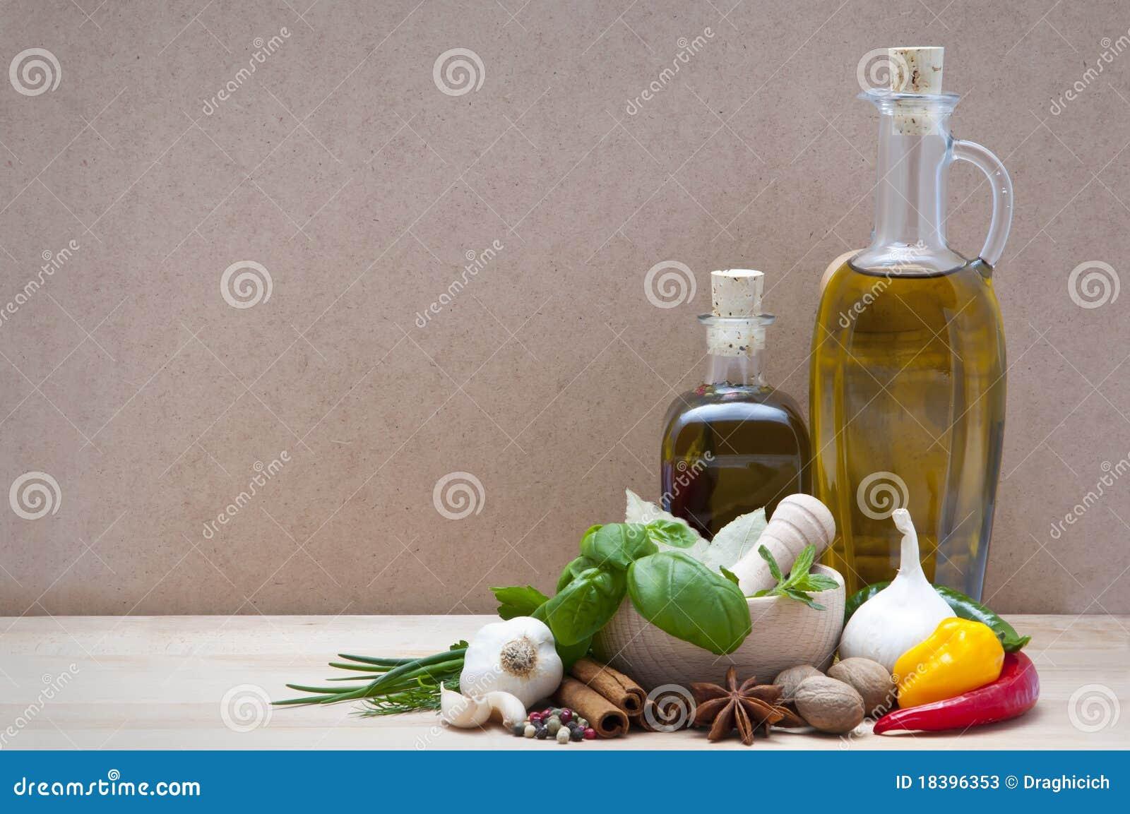 Especias, hierbas y aceite de oliva