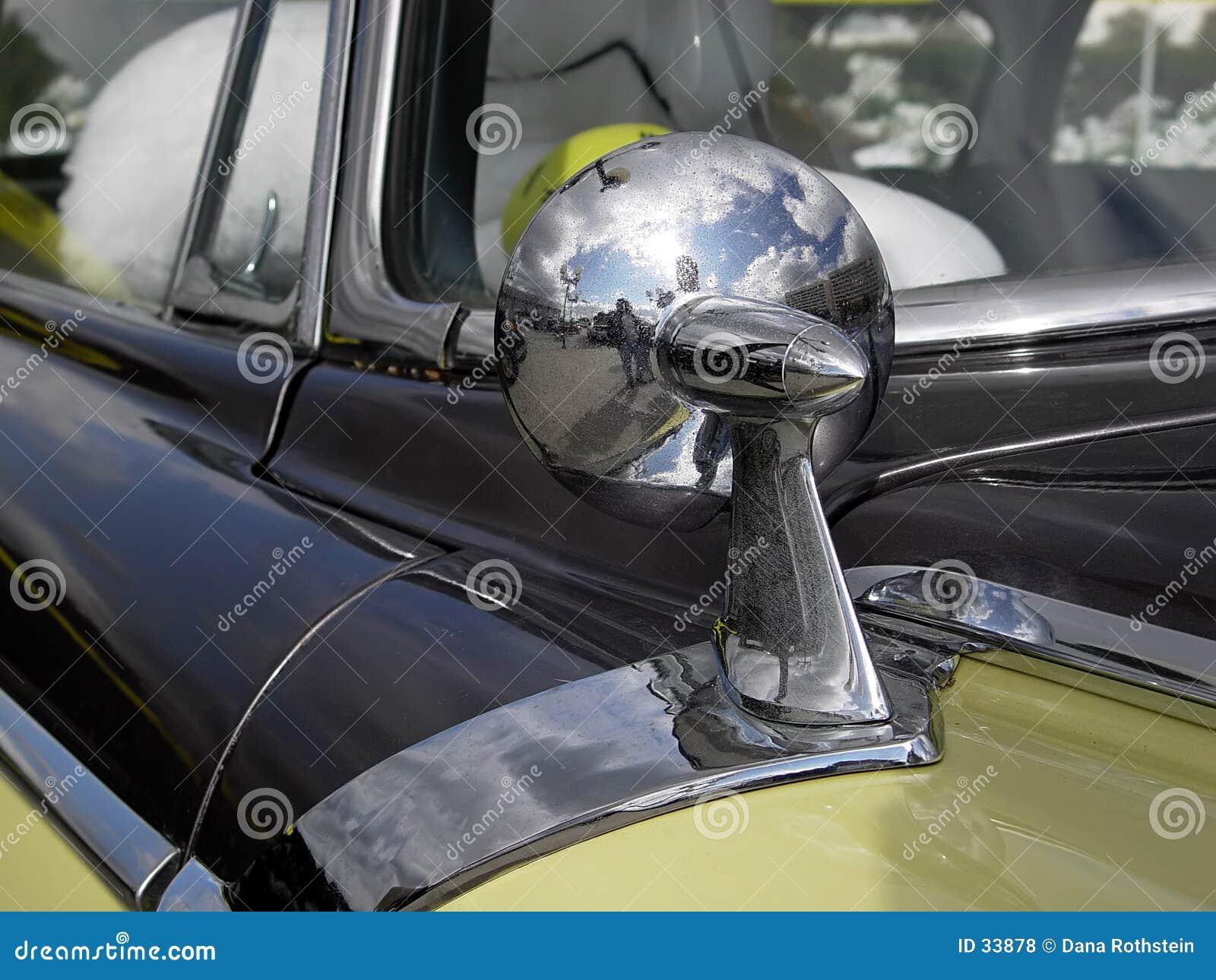 Download Espejo de coche foto de archivo. Imagen de reflexión, puerta - 33878