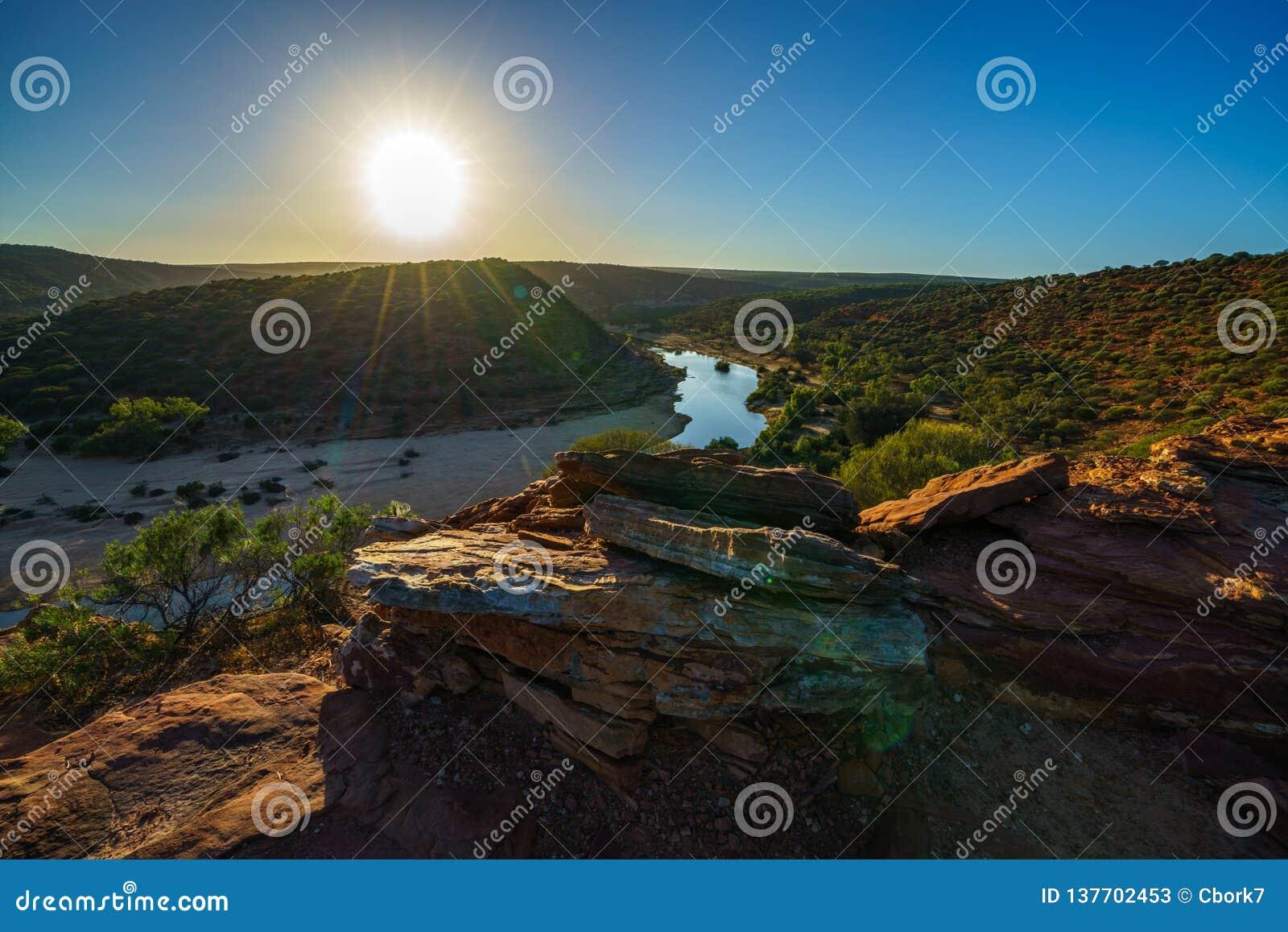 Esponga al sole sopra la traccia del ciclo della finestra delle nature, il parco nazionale di kalbarri, l Australia occidentale 4
