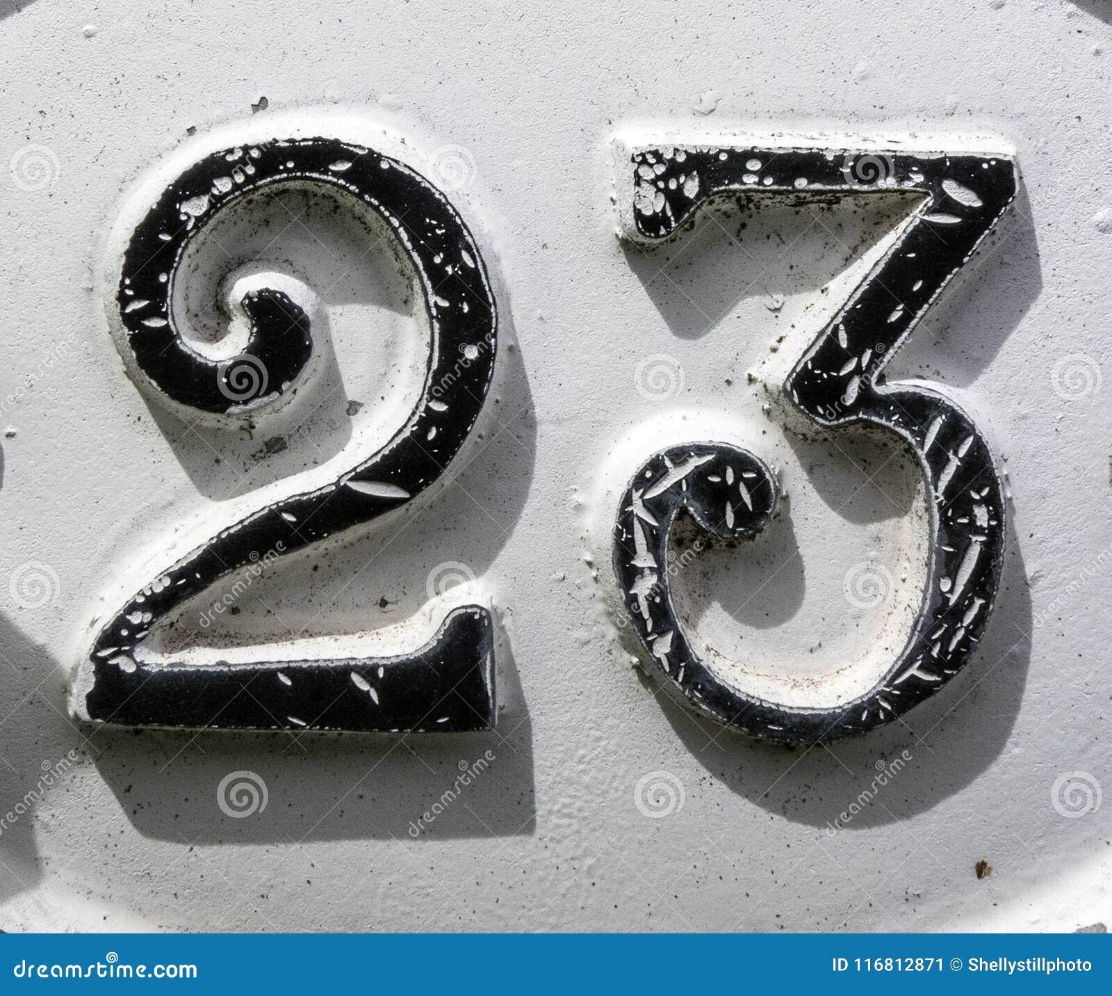 Espressione scritta nello stato afflitto numero trovato tipografia 23 ventitre