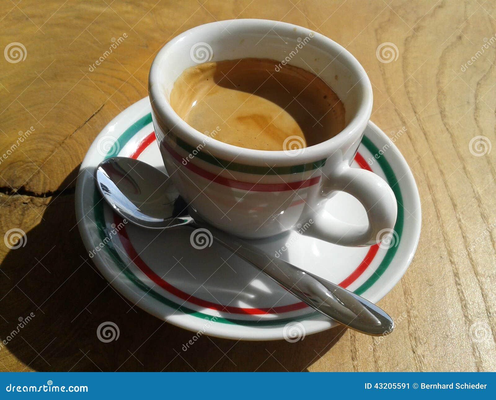 Download Espresso fotografering för bildbyråer. Bild av tabell - 43205591