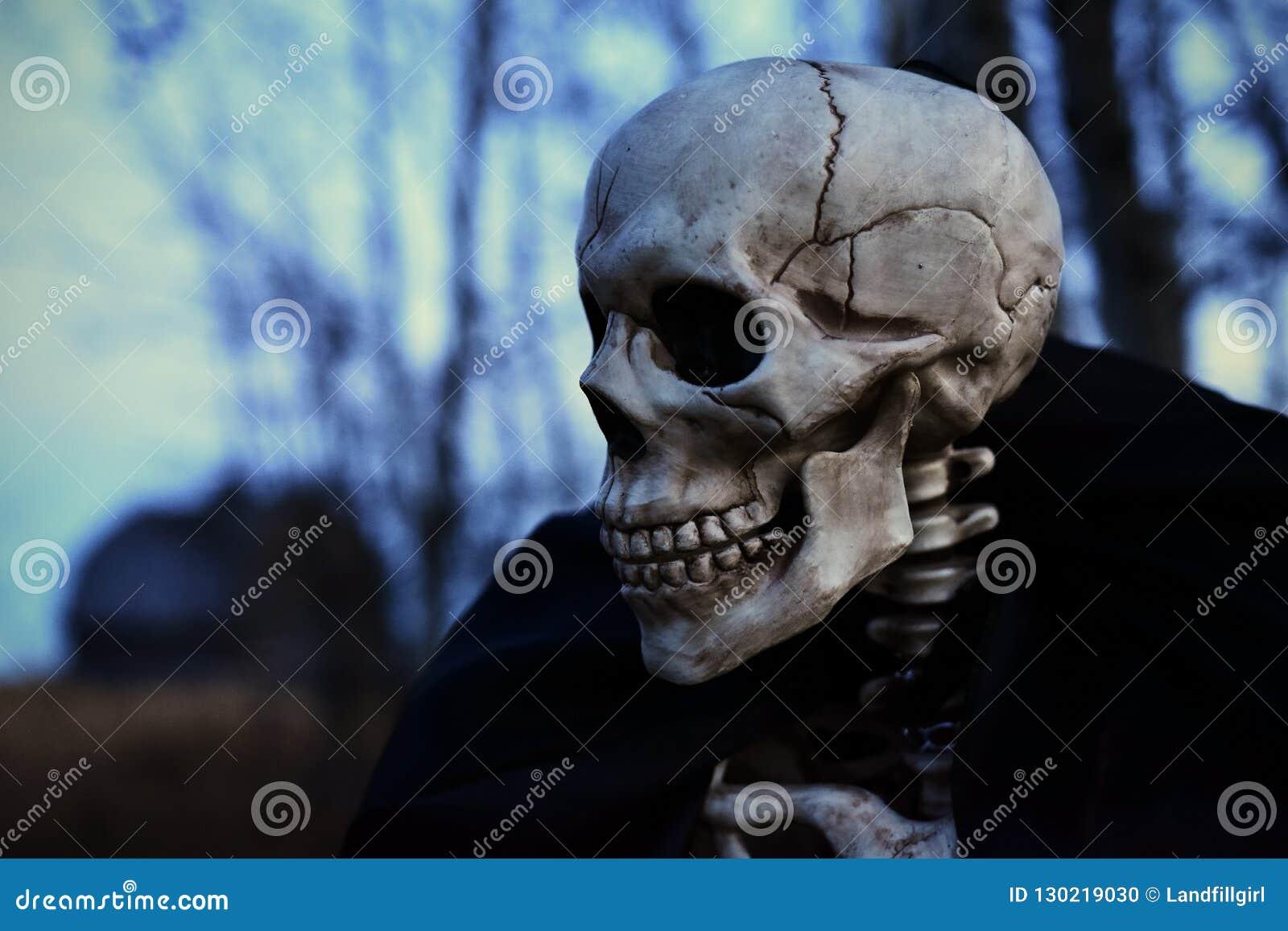 Esqueleto espeluznante de víspera de Todos los Santos