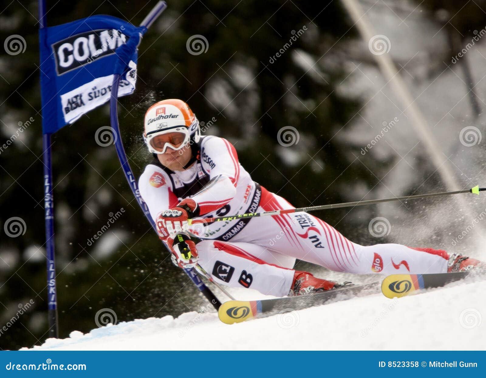ESQUI: Slalom alpino do gigante de Alta Badia do copo de mundo do esqui