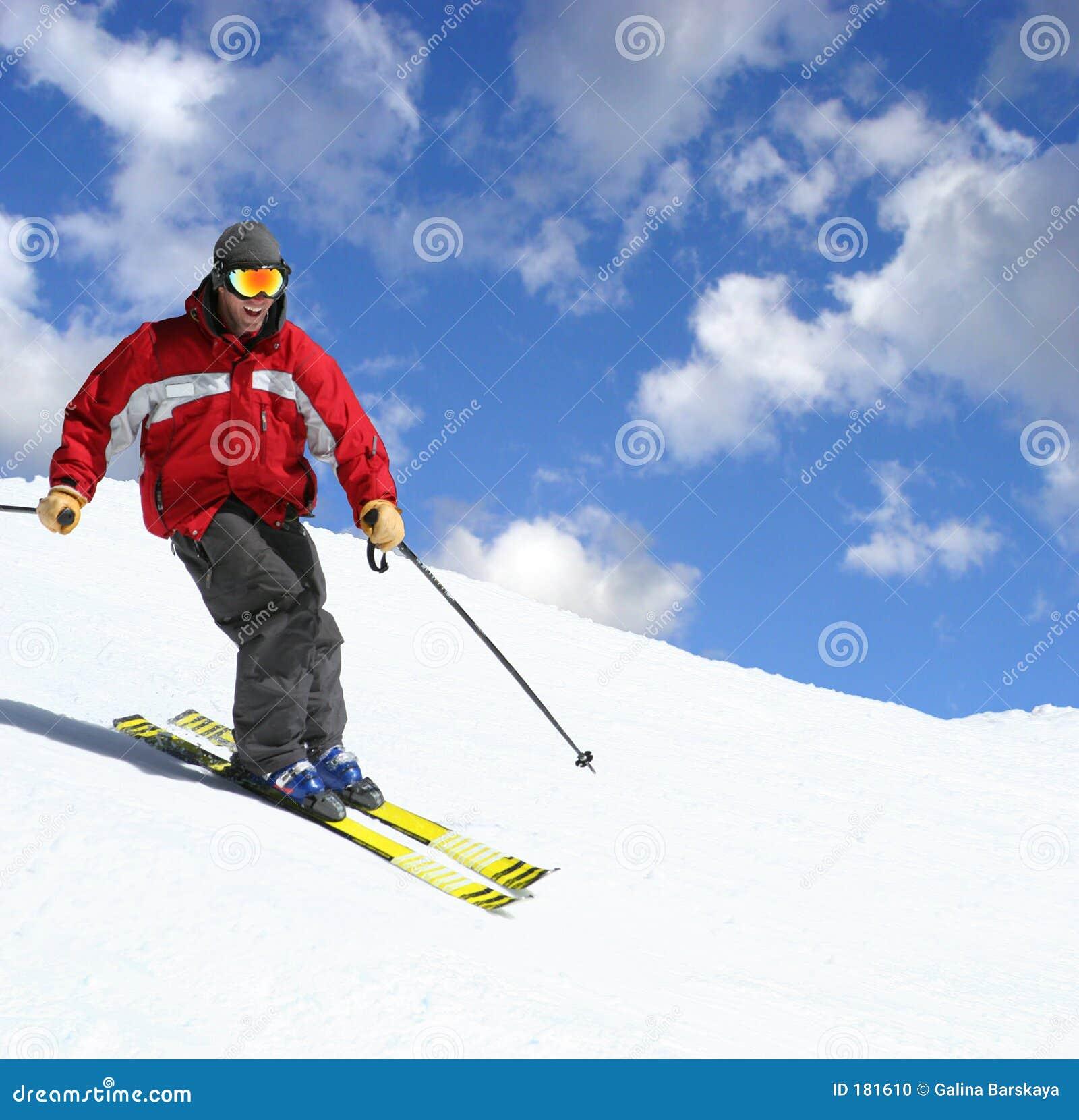Esquiador en una cuesta