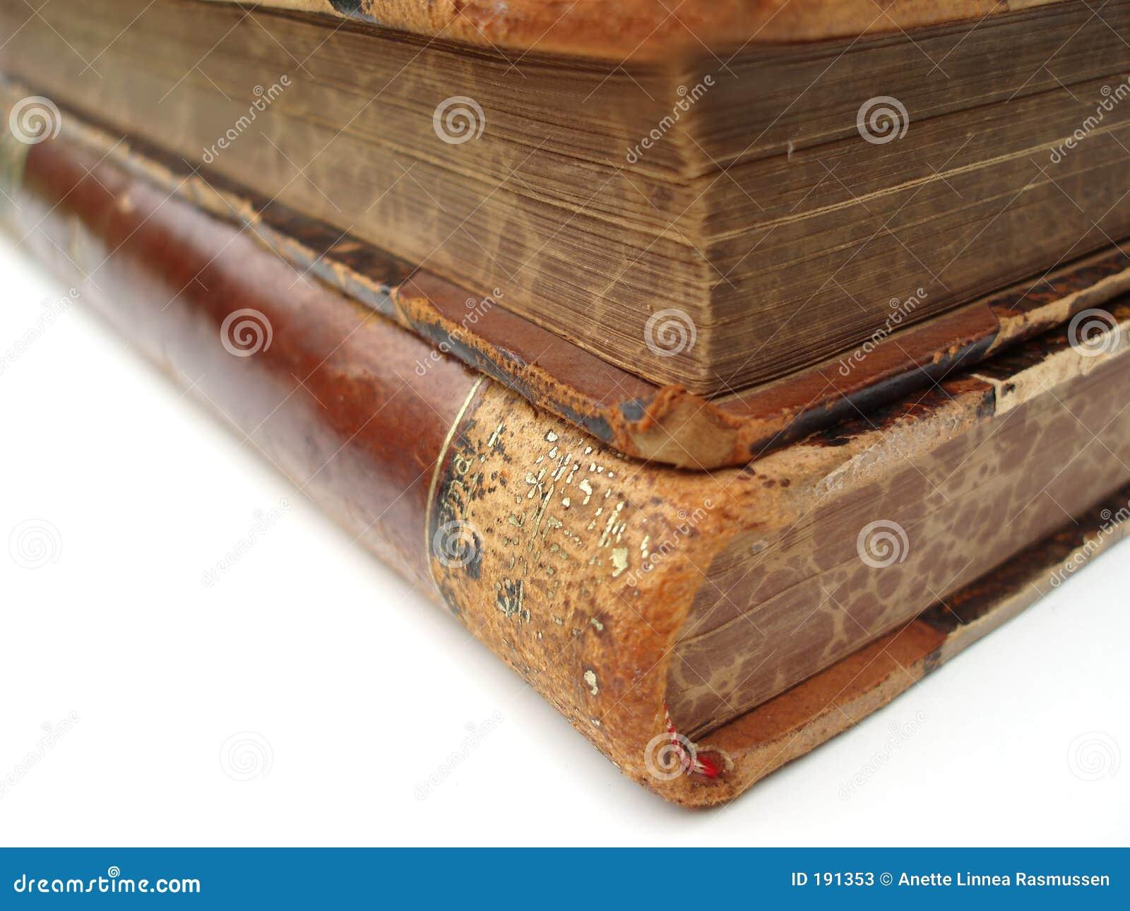 Esquina de dos libros viejos