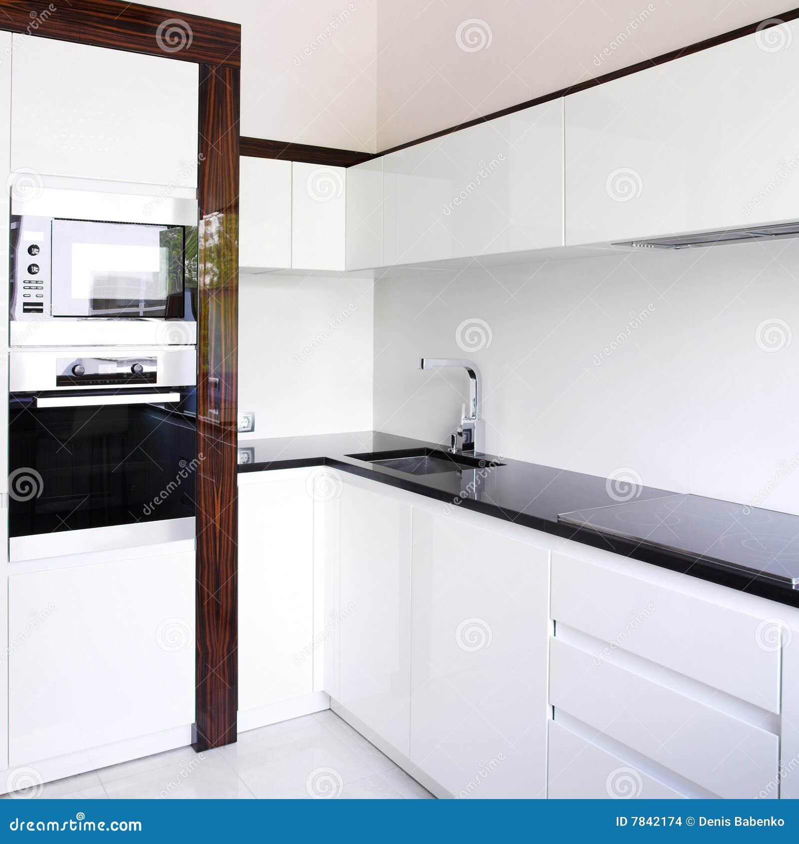 Esquina del interior de la cocina foto de archivo imagen - Cocinas en esquina ...