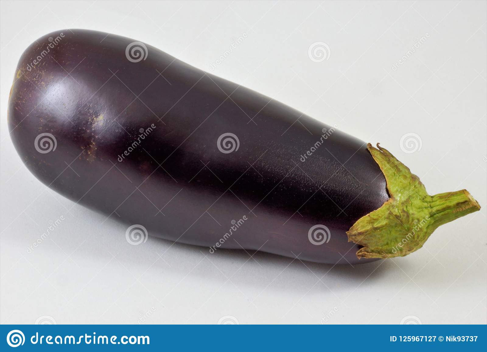 Essbare Frucht der köstlichen Zartheit der Aubergine