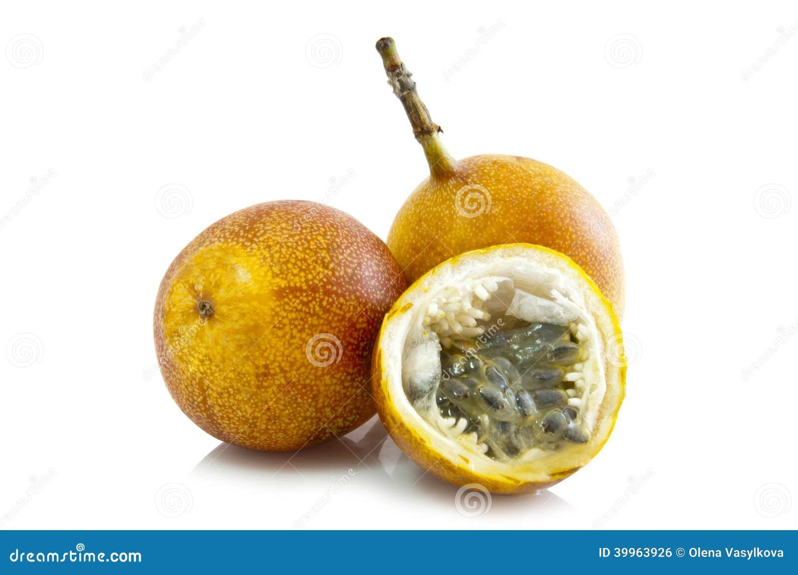 essbare frucht der passionsblume maracuja stockfoto bild 39963926. Black Bedroom Furniture Sets. Home Design Ideas