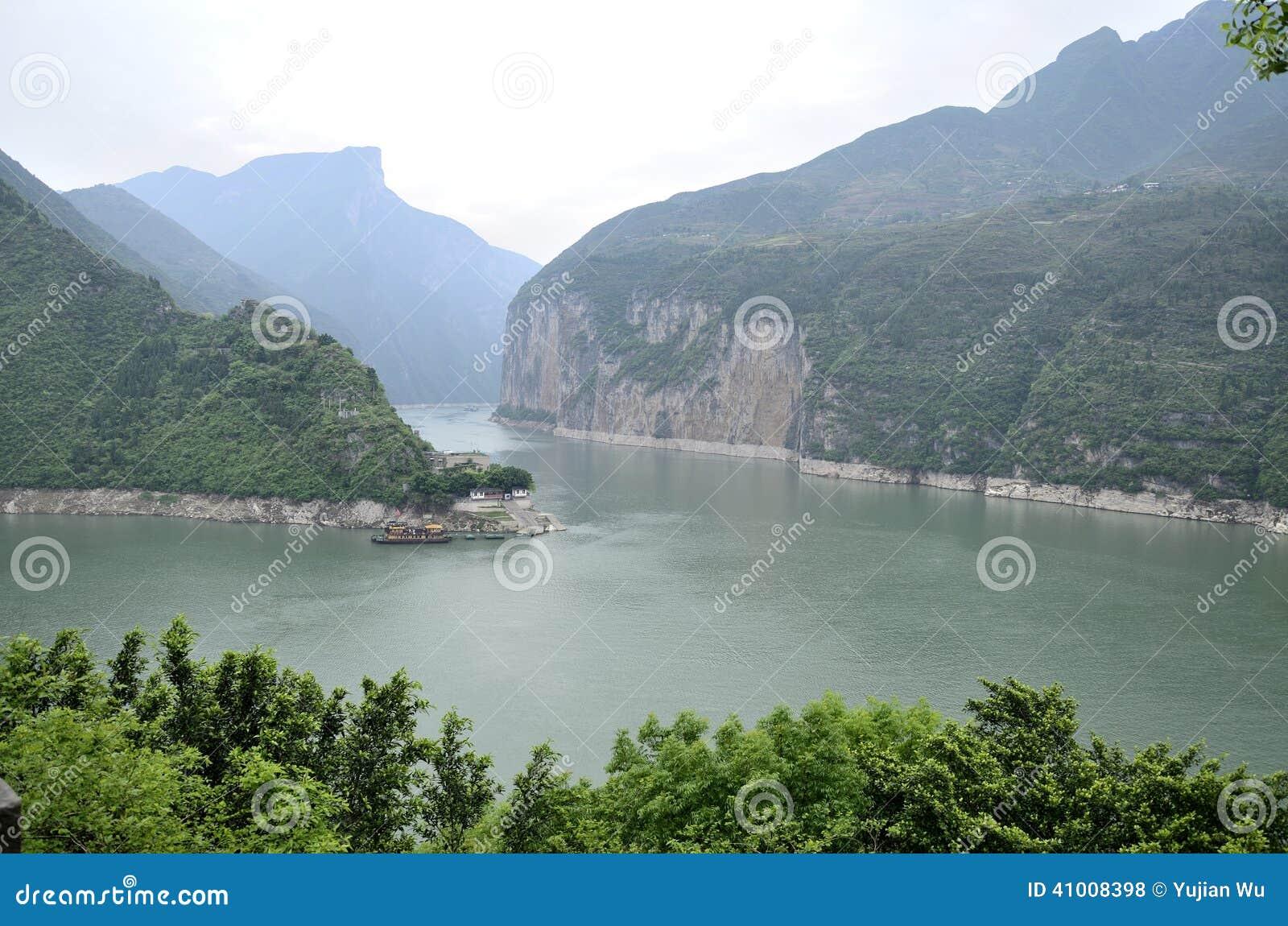 Essence scénique de la Chine le fleuve Yangtze Three Gorges
