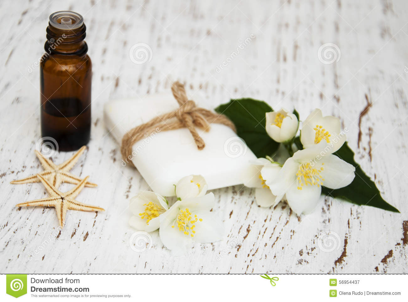 how to make jasmine oil from flowers