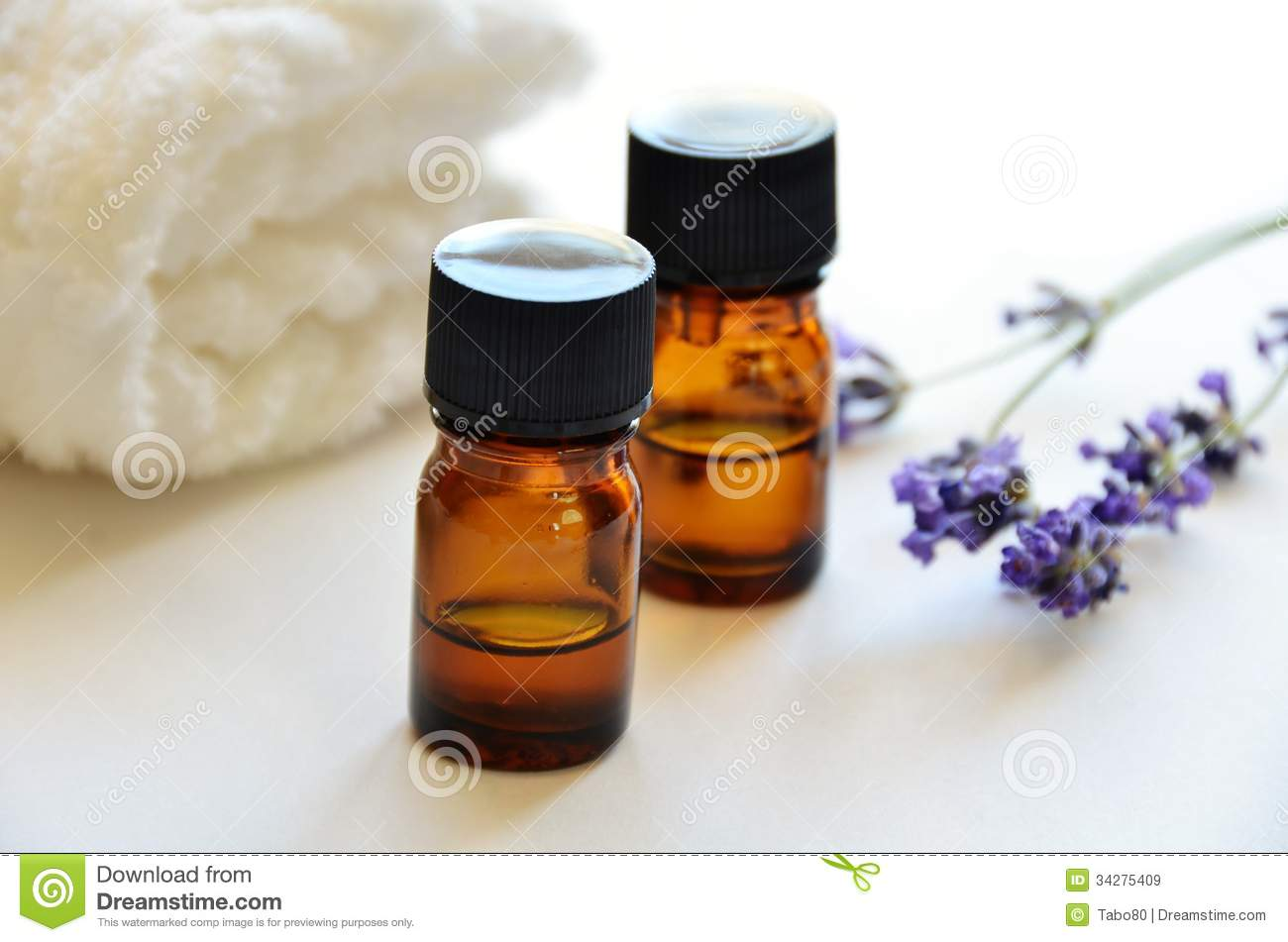Essential Oils With Lavender Royalty Free Stock Images