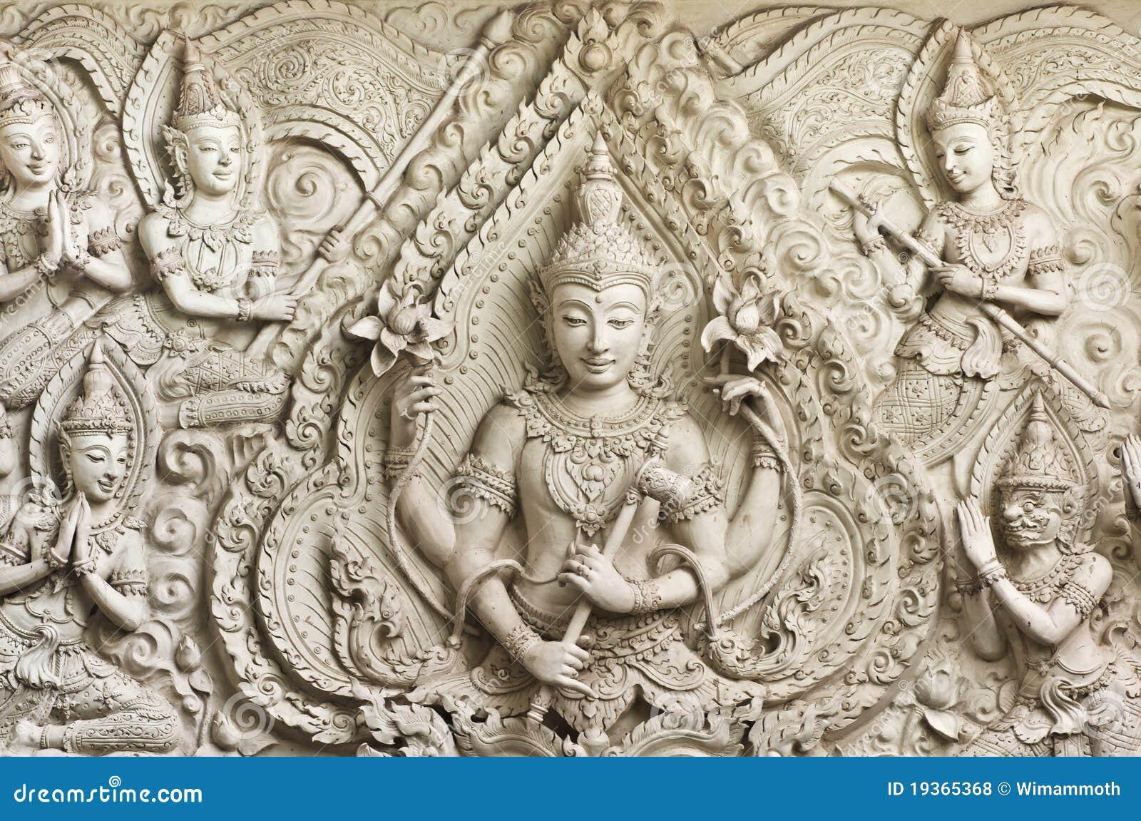 Estátua de Buddha no molde tailandês art. do estilo.