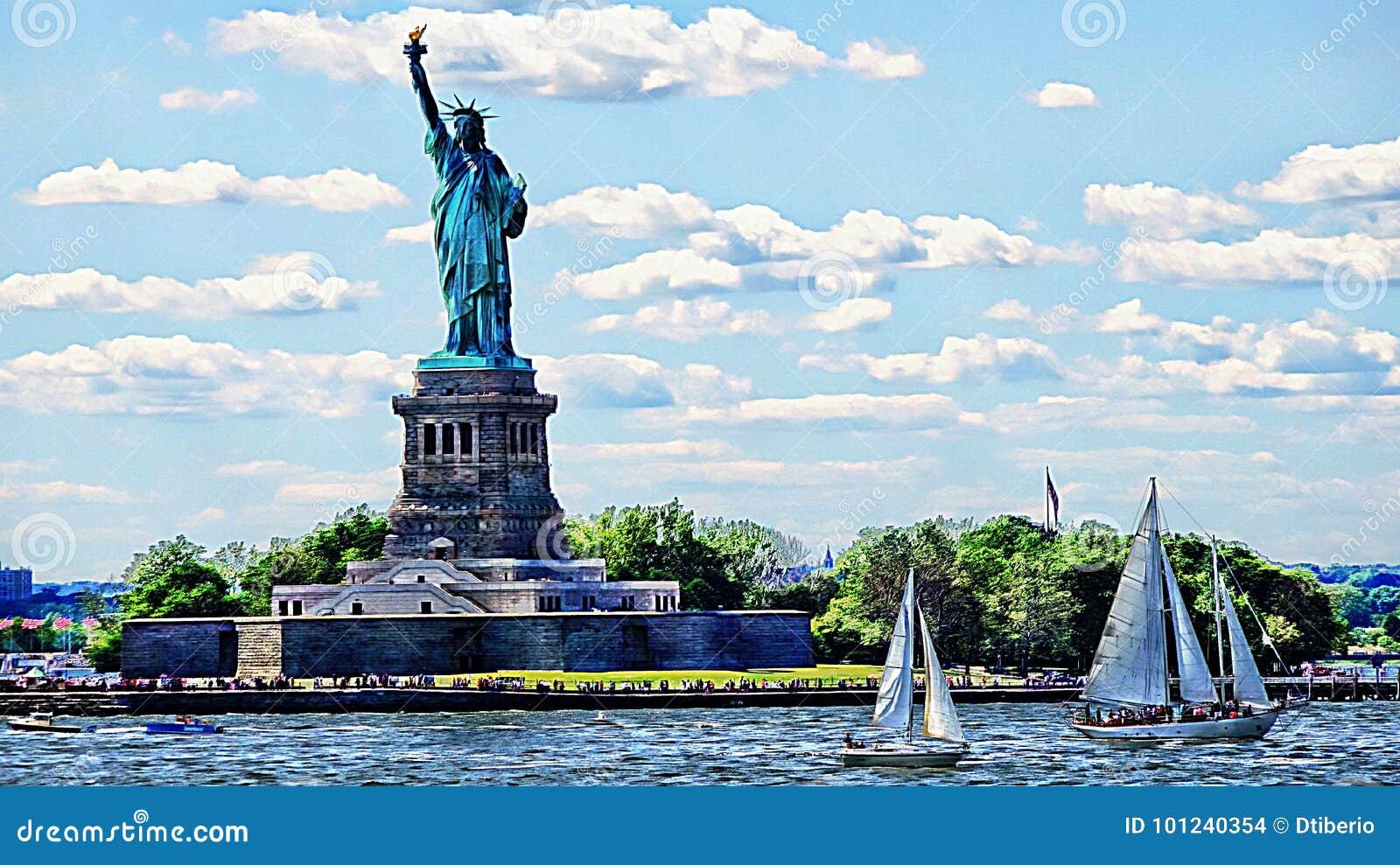 Estátua de Liberty And Sailing