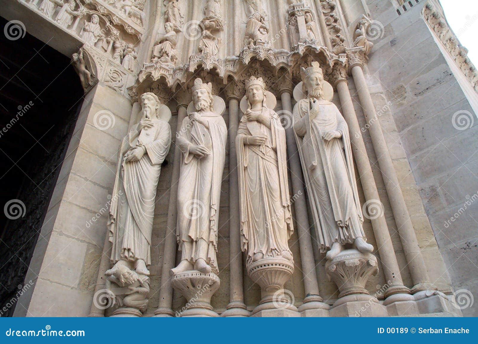 Estátuas