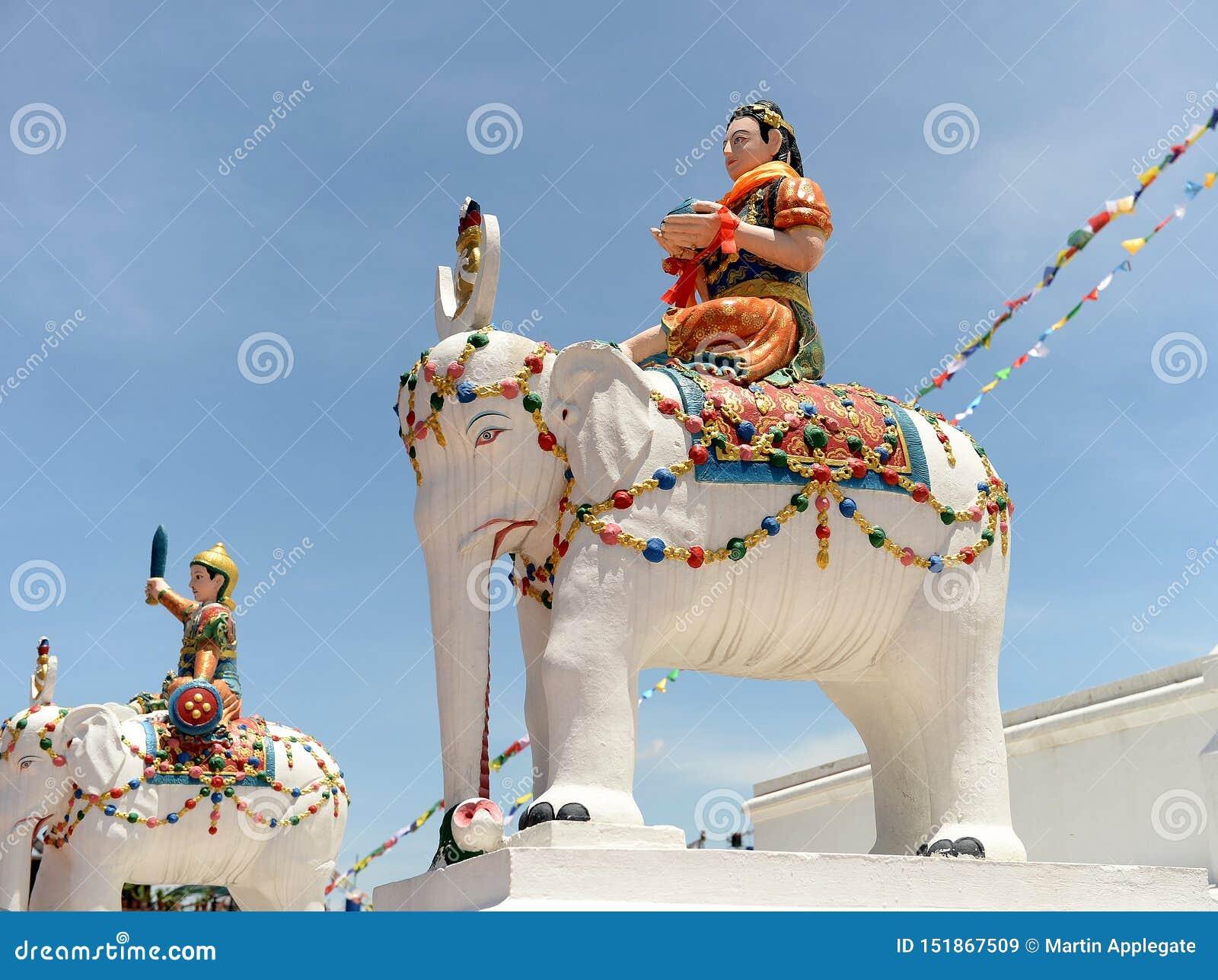 Estátuas de cavaleiros do elefante, Kathmandu, Nepal