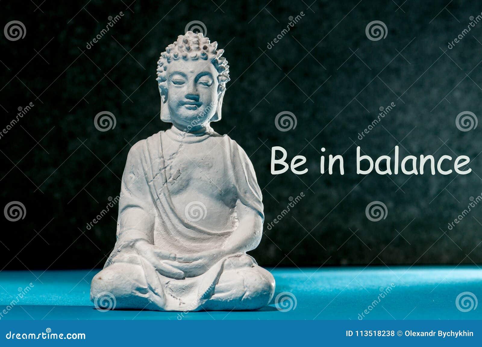 Esté En Equilibrio La Frase De La Inspiración Con Poco