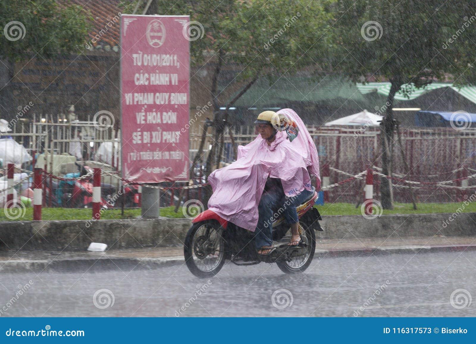 Estação da chuva em Vietname, 3Sudeste Asiático