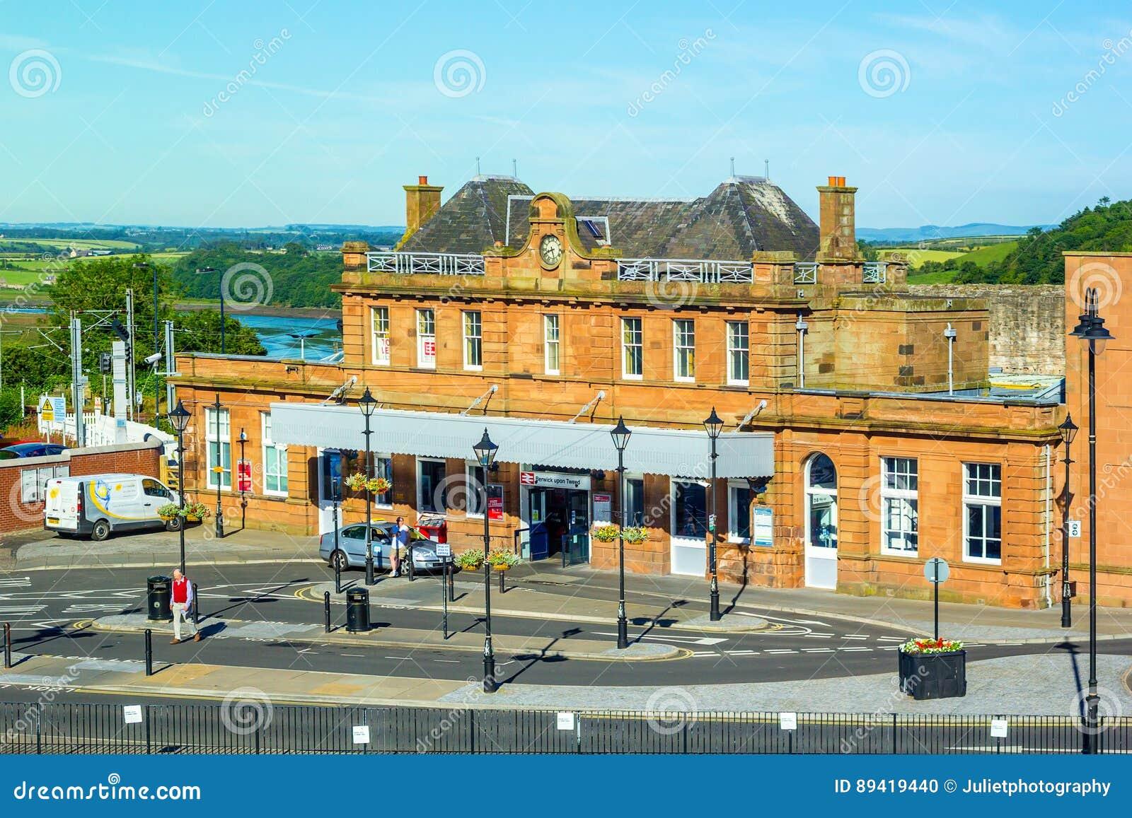 Estação de caminhos-de-ferro velho em Berwick Upon Tweed, Inglaterra