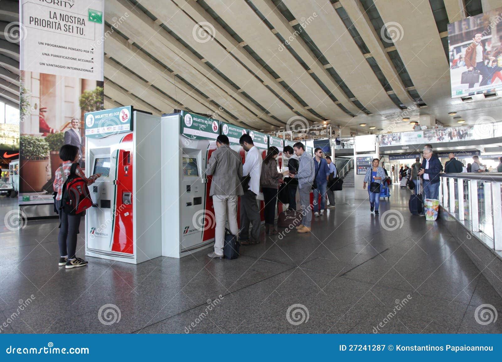 Estação de comboio em Roma, Italy