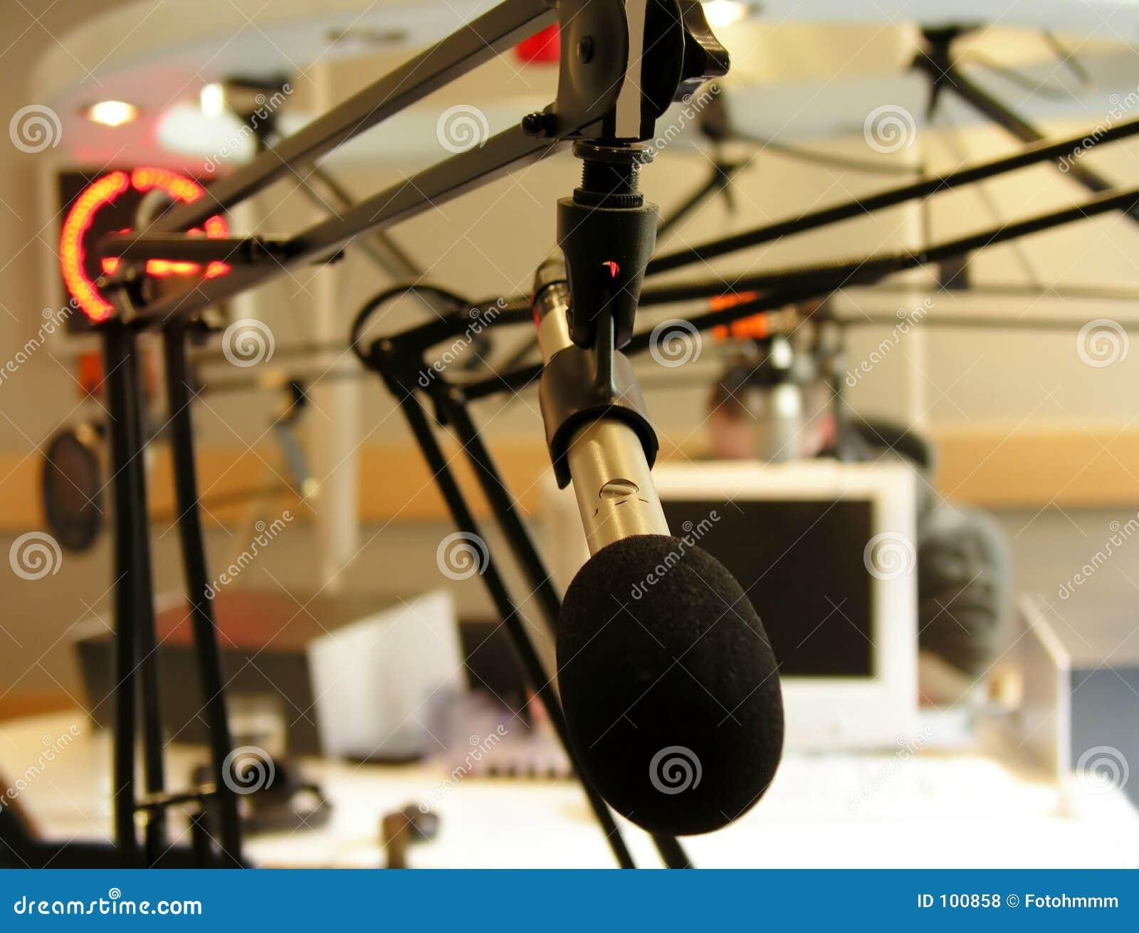 Estação de rádio