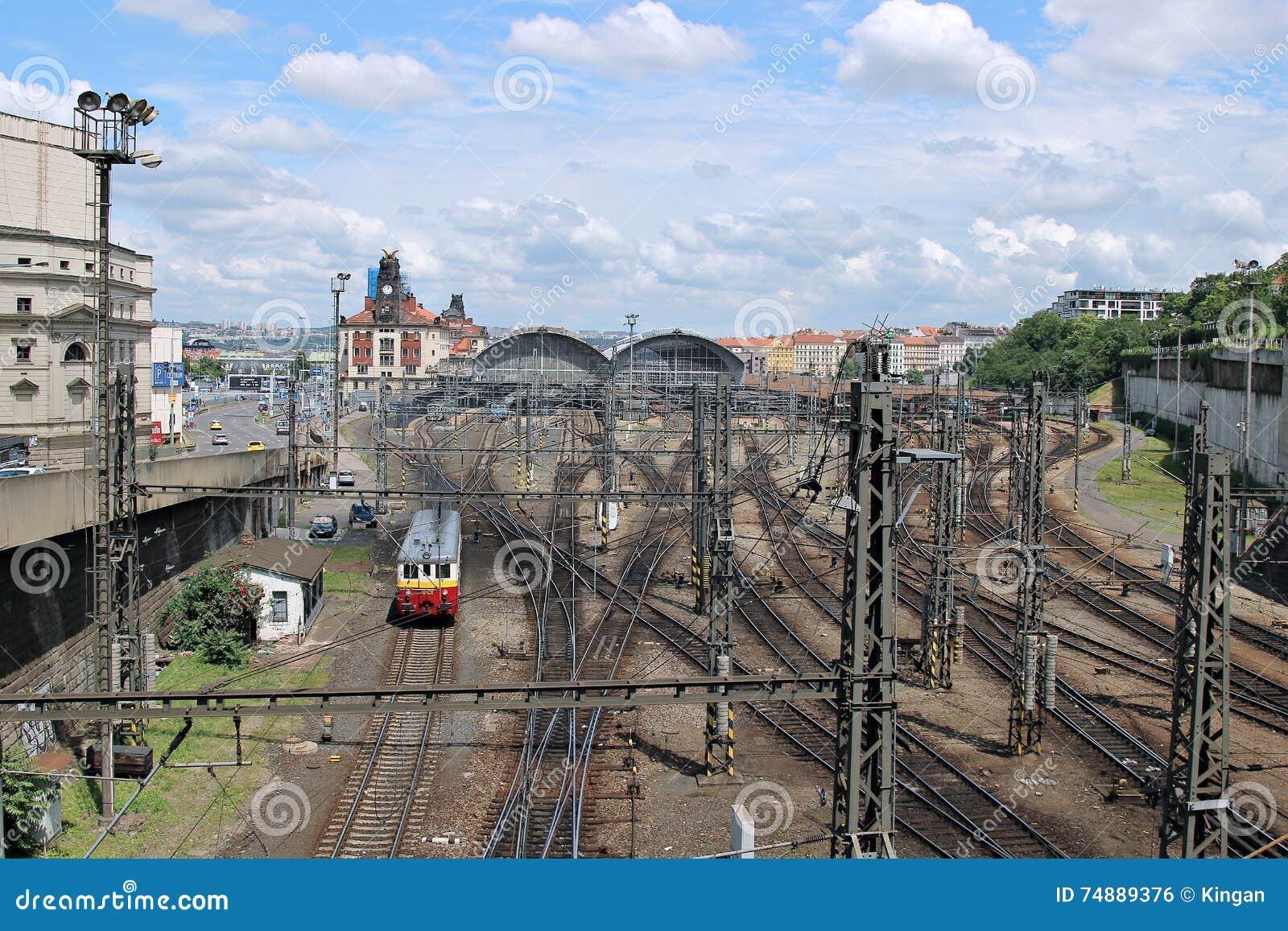 Estação de trem central em Praga