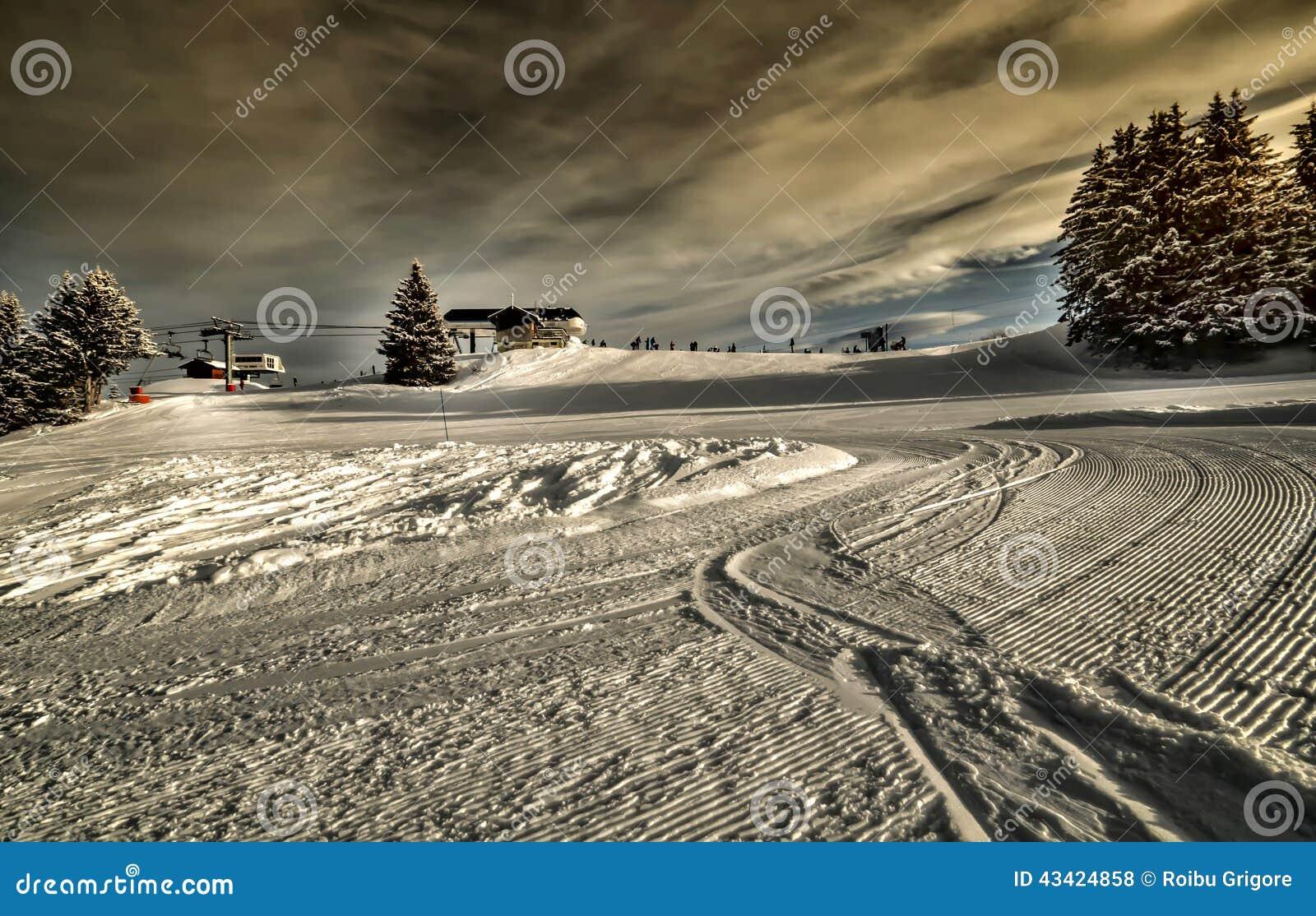 Estación de esquí en las montan@as