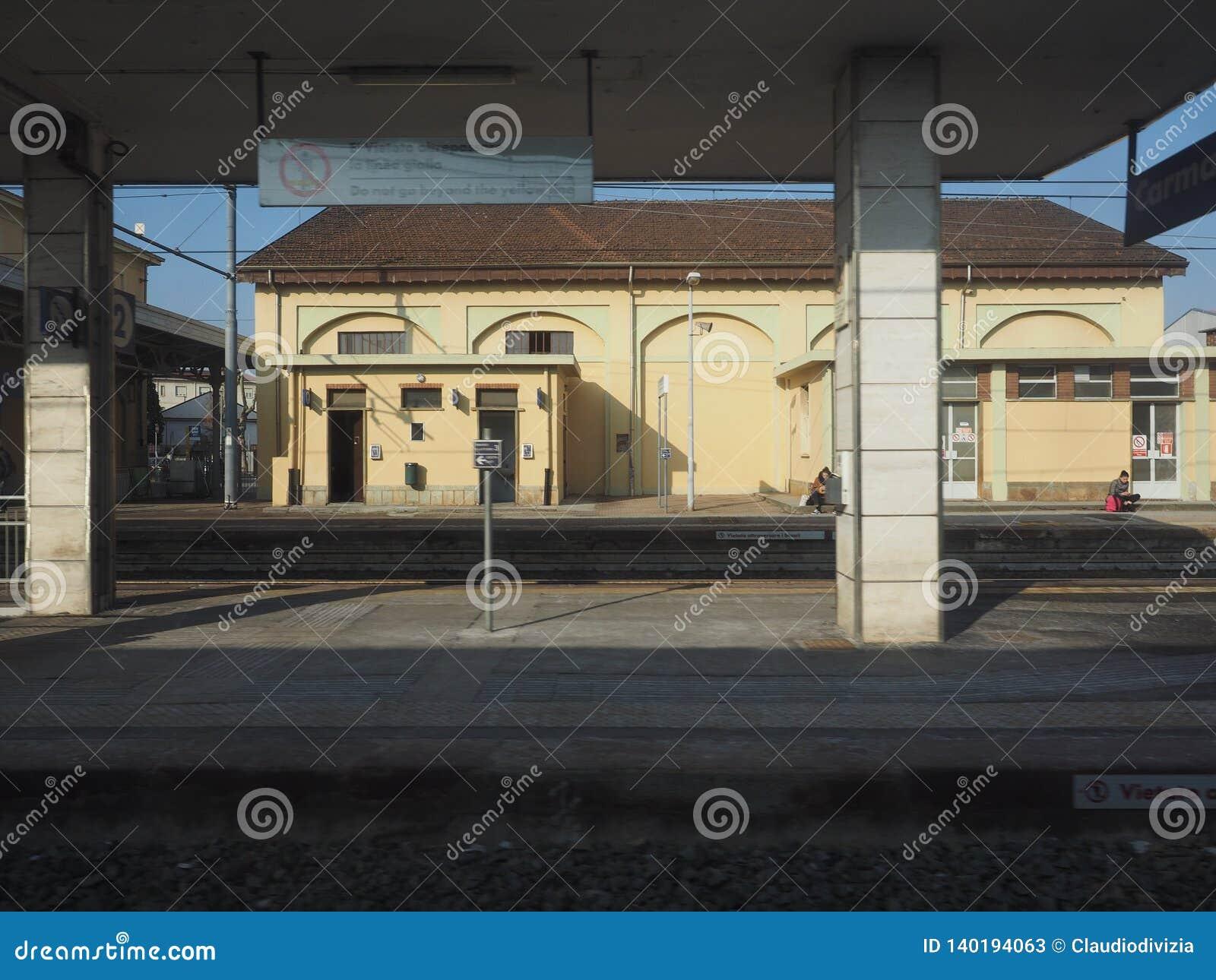 Estación de tren de Carmagnola