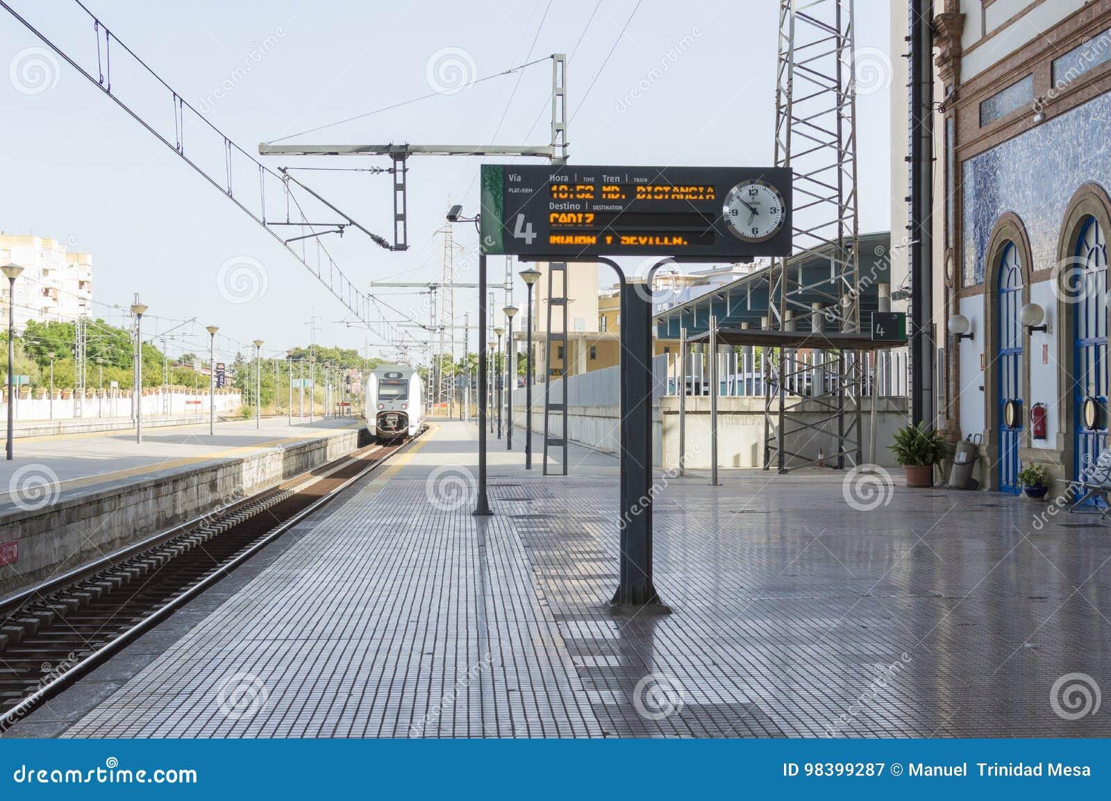 Estacion De Tren De Jerez De La Frontera Fotografia Editorial