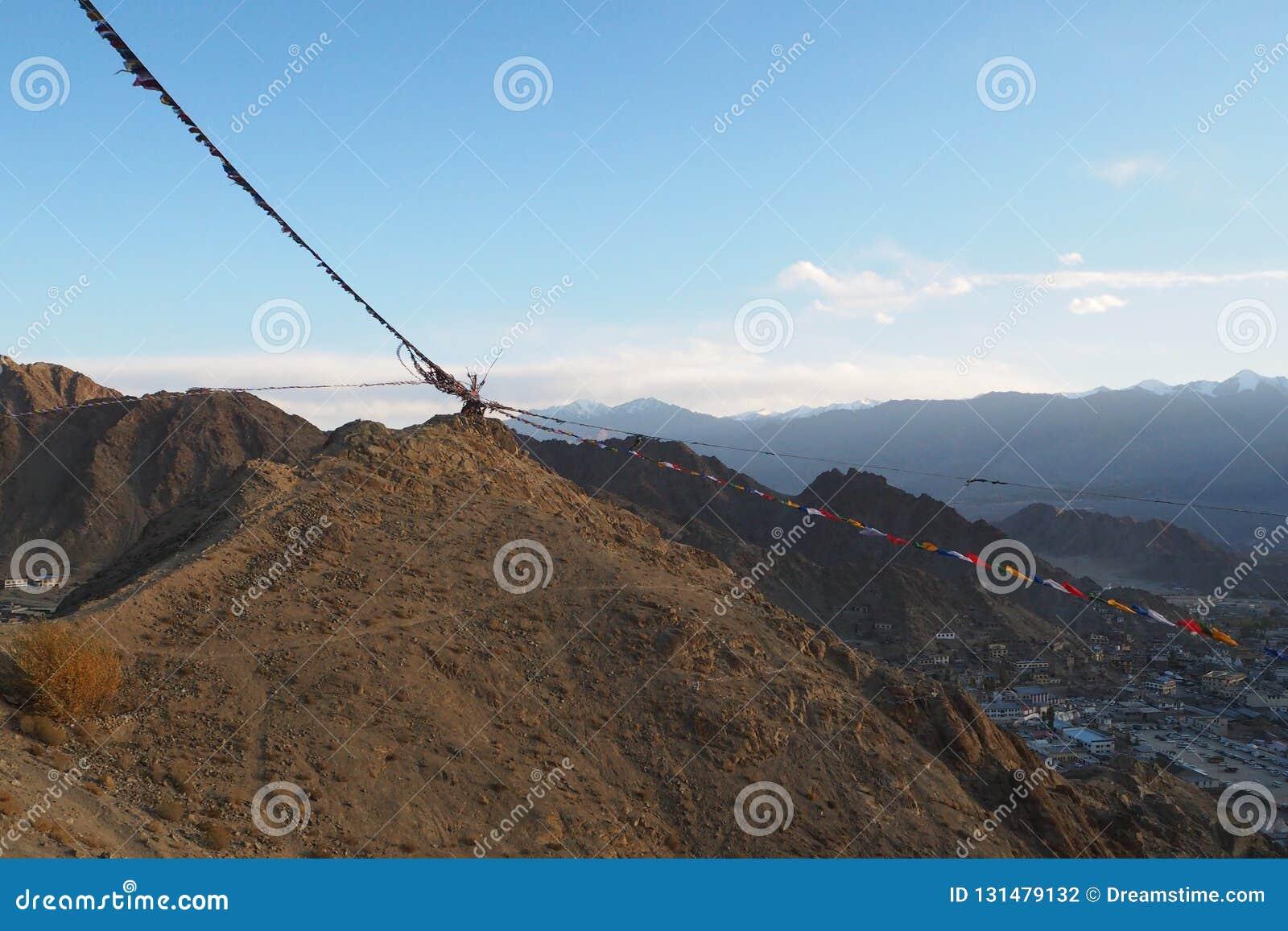 Estación hermosa del invierno en Leh Ladakh, la India