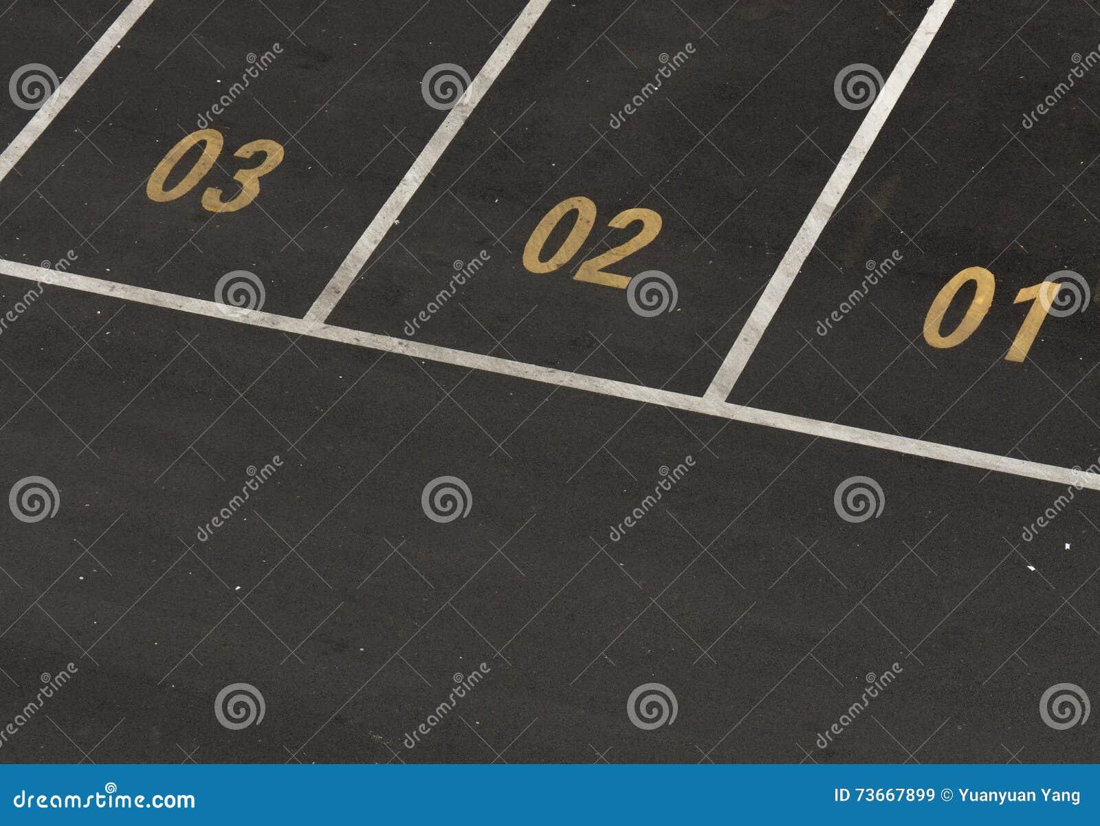 Estacionamiento del coche con números