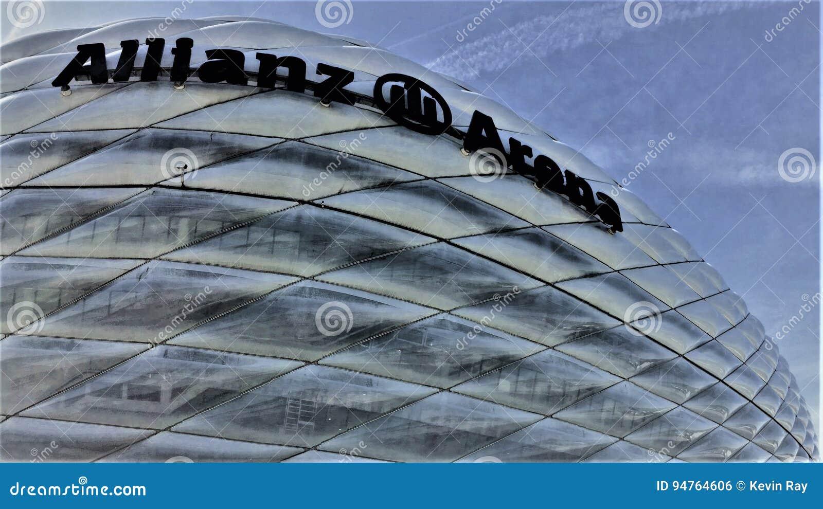 Estadio de la arena de Allianz en Muenchen Alemania