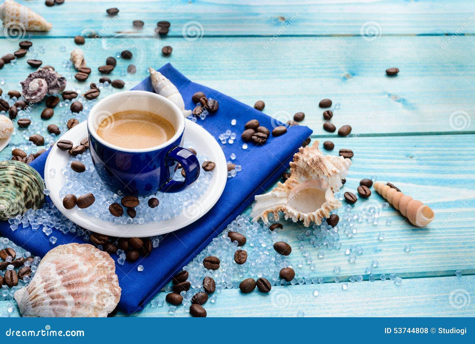 Risultati immagini per caffè d'estate