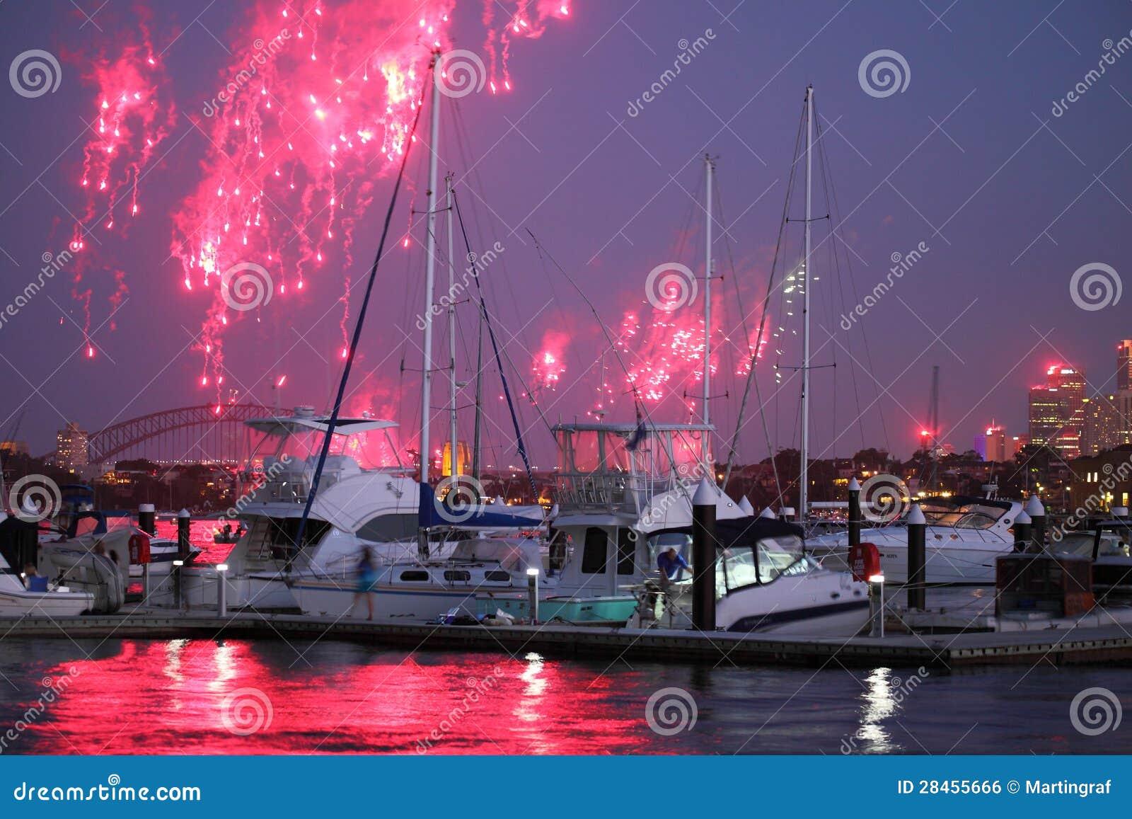 Estate a Sydney con i fuochi d artificio