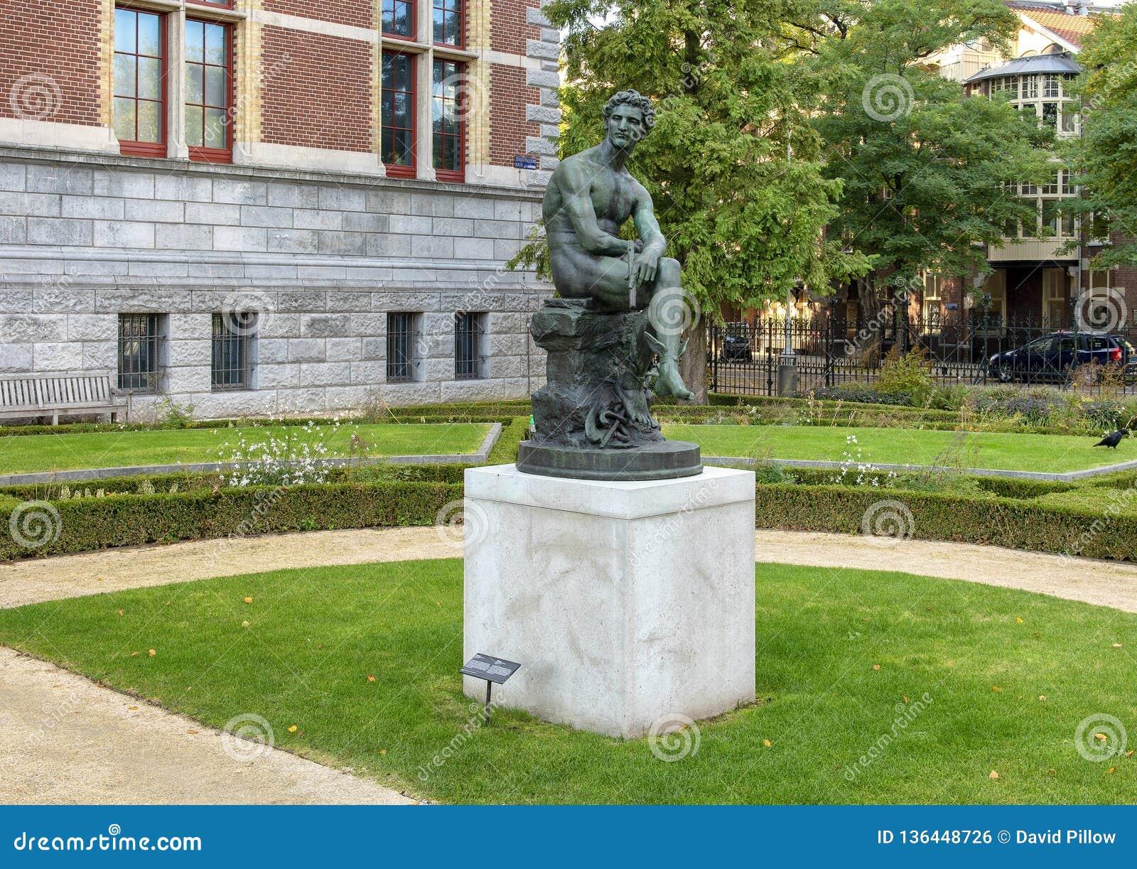 Estatua de bronce de Mercury, Rijksmuseum, Amsterdam, Países Bajos