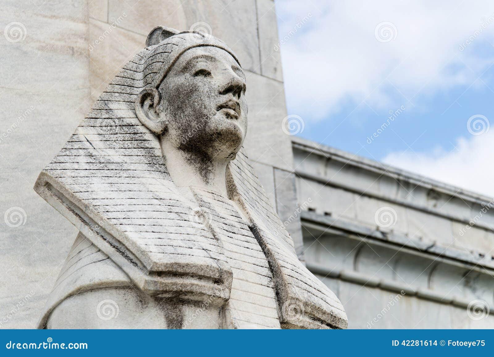 Estatua de la esfinge de Egipto