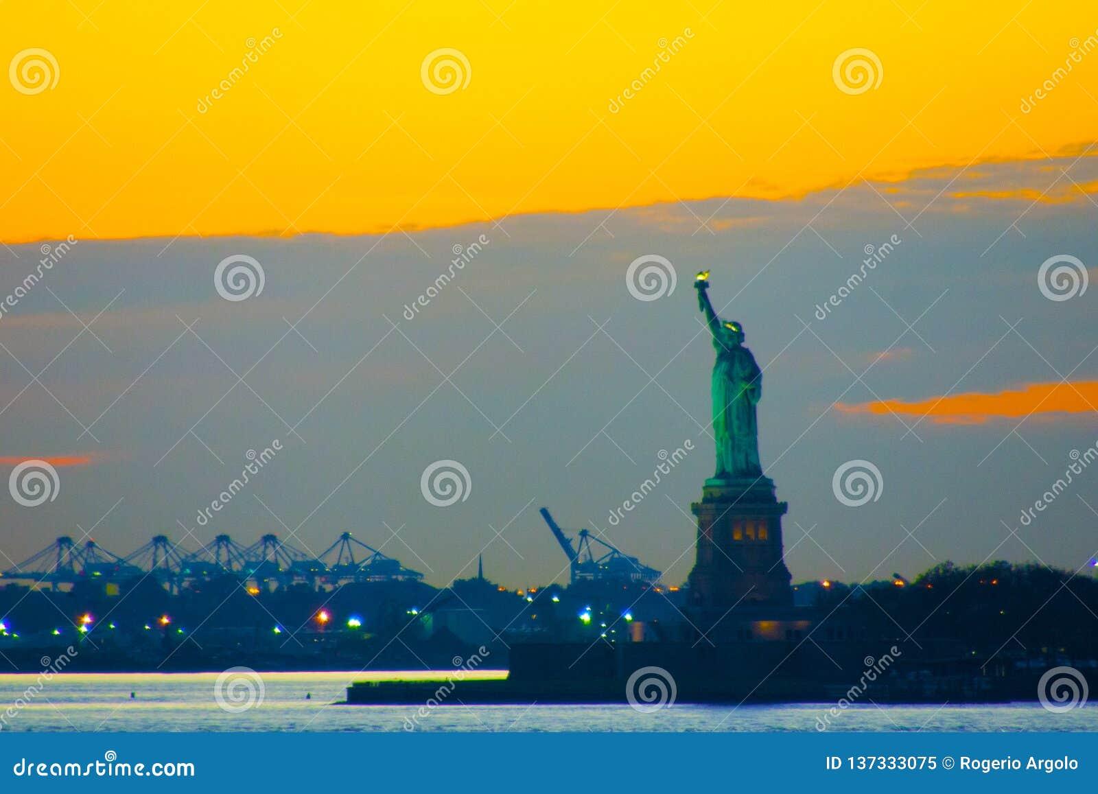 Estatua de Nueva York de la libertad
